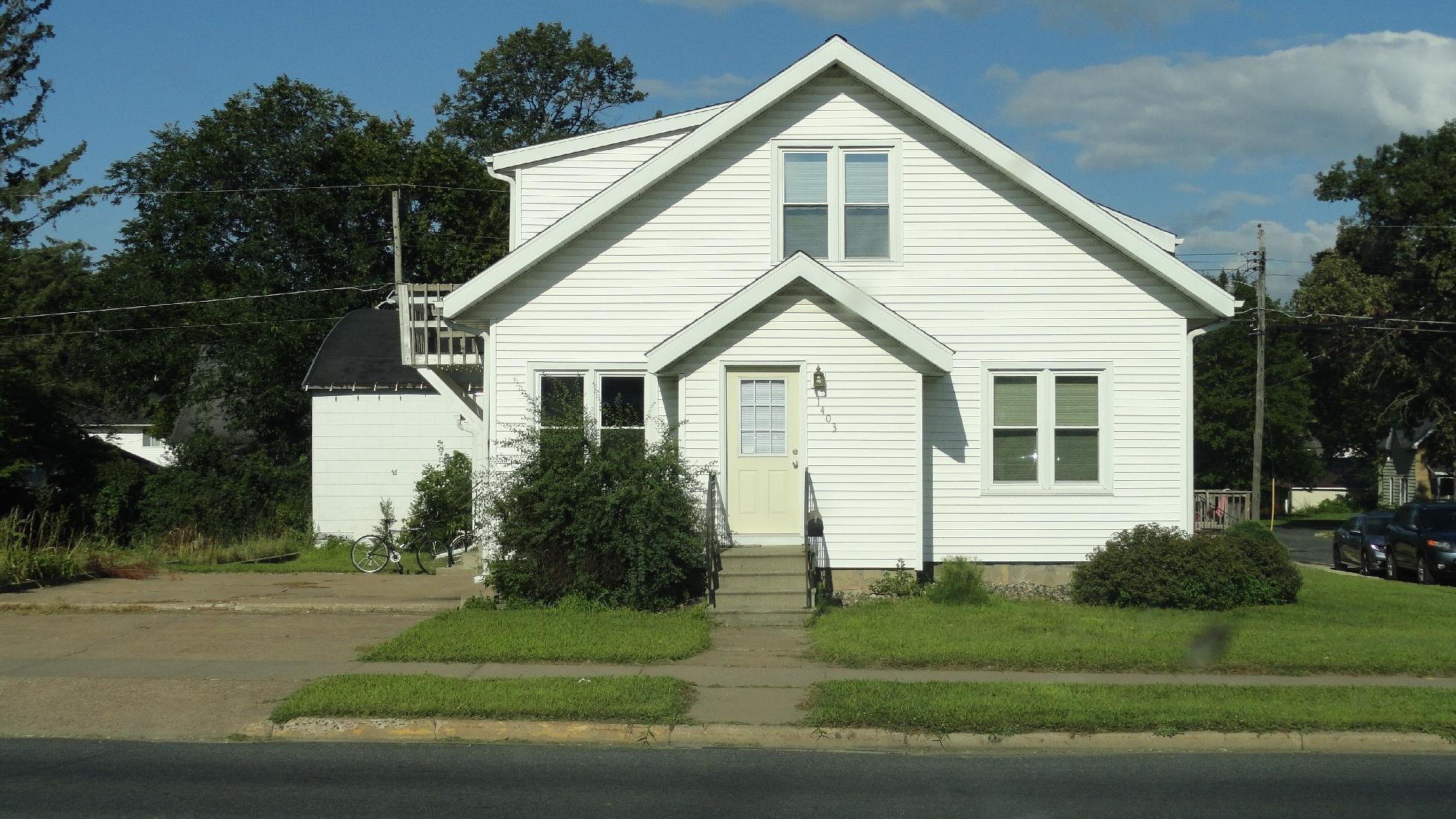 1403 9th Street Property Photo 1