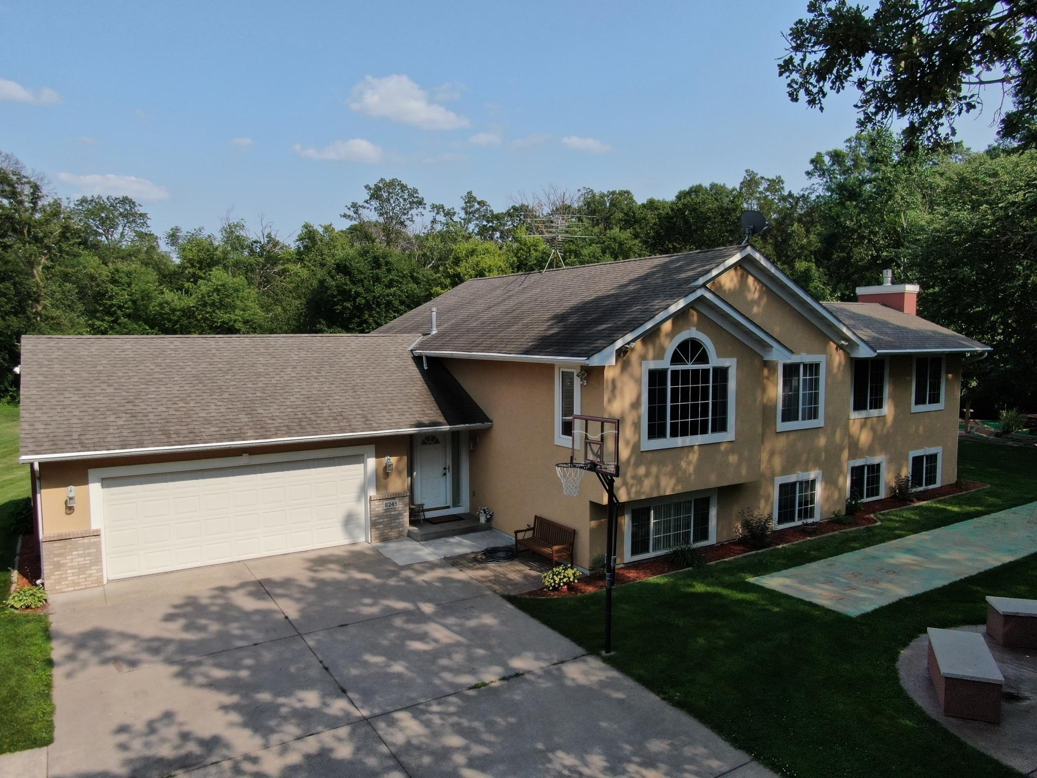 8245 W Beatrice Drive Property Photo
