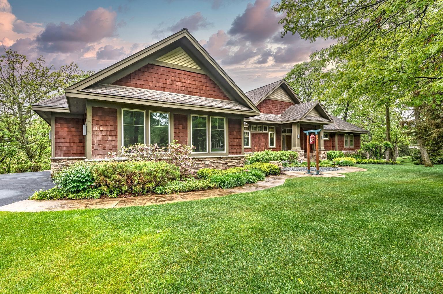 400 Eagle Bluff Drive Property Photo