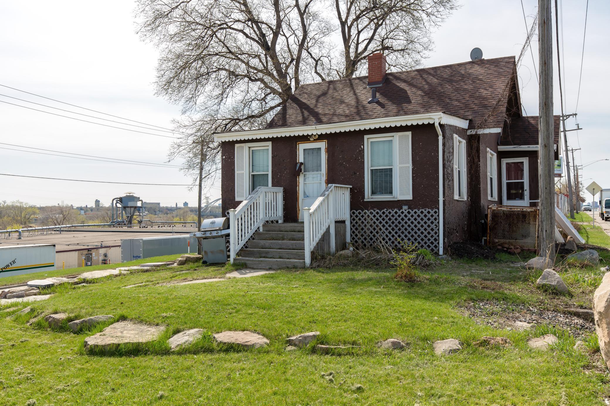 3530 Washington Avenue Property Photo