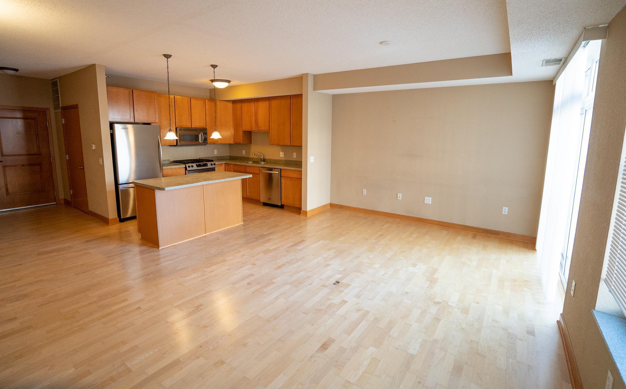 1800 Clinton Avenue Property Photo