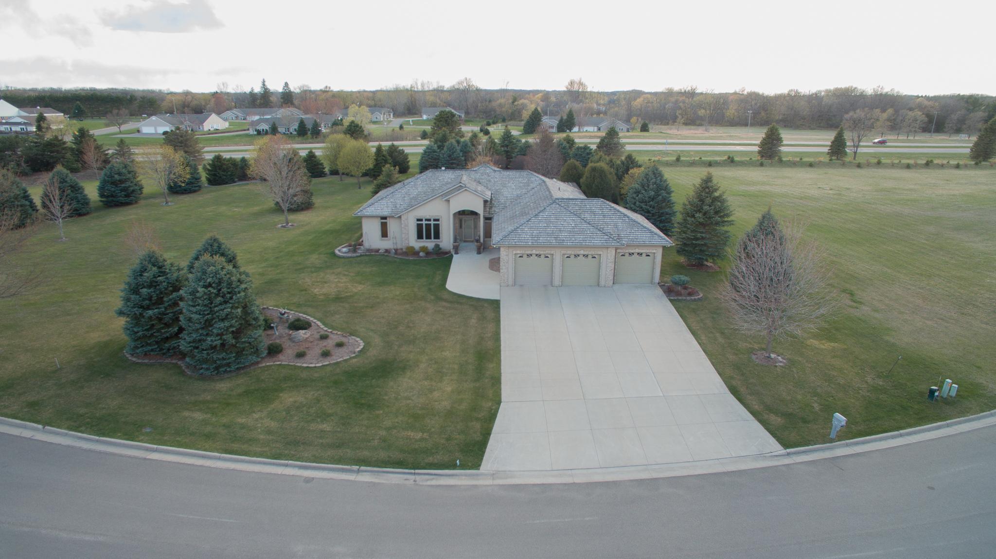 1517 Bay Oaks Drive Property Photo