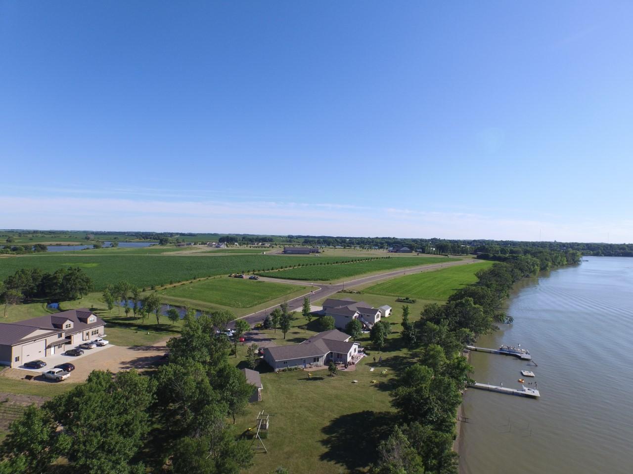 1040 Grandview Drive Property Photo