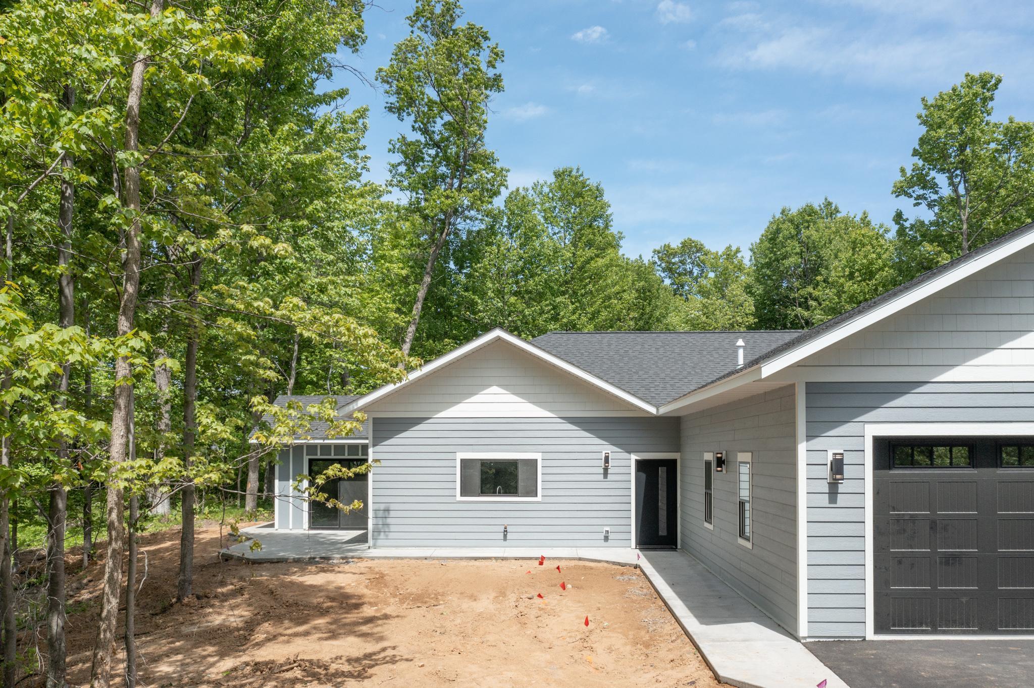 1556 Maplewood Ridge Road Property Photo
