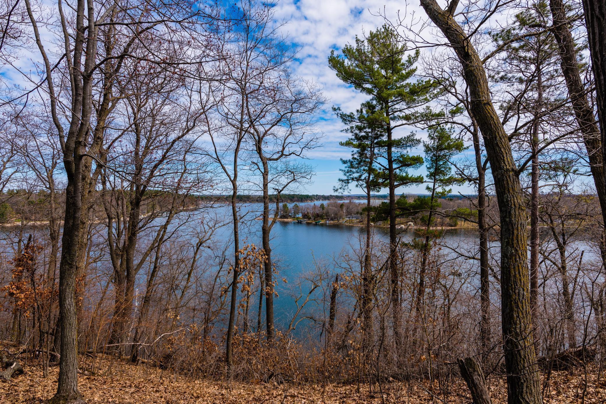31528 Lakeview Drive Property Photo