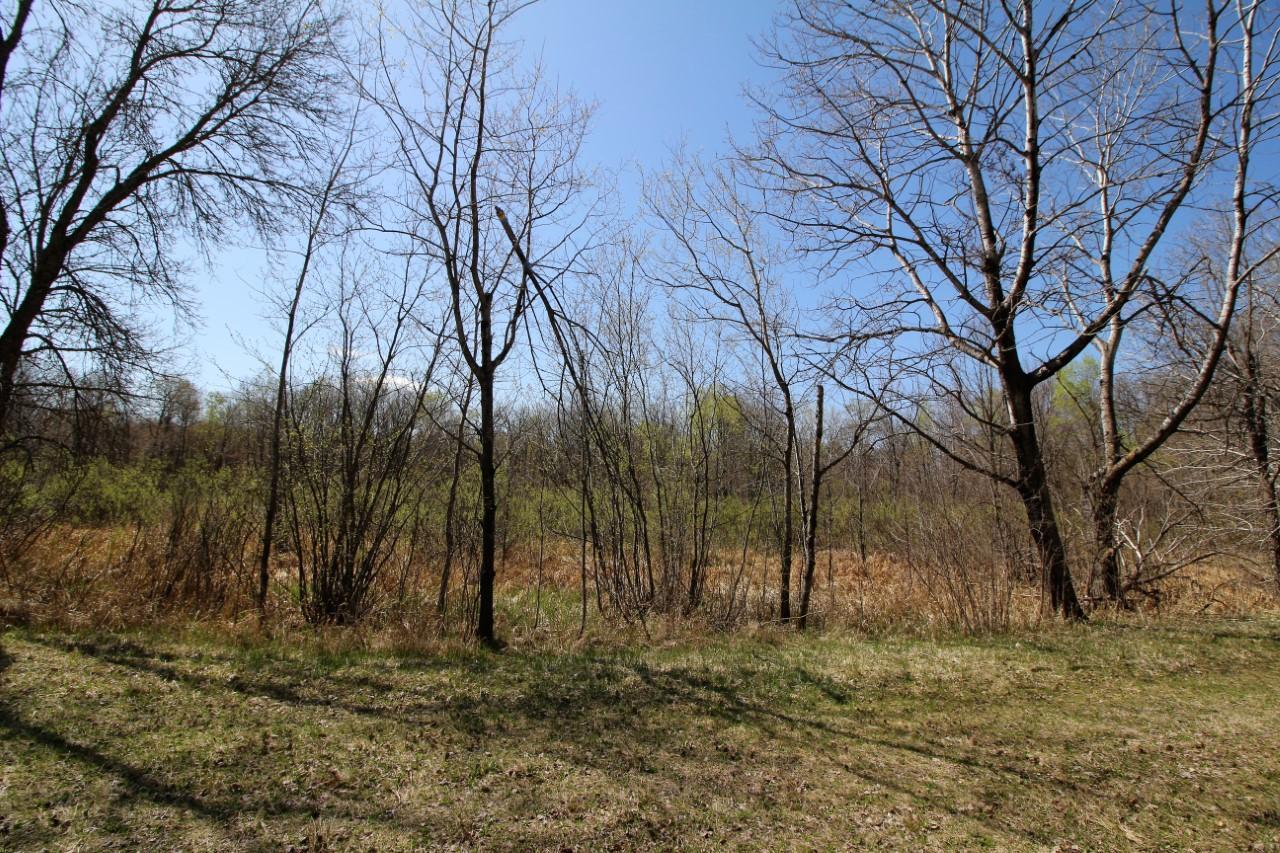 L10 B1 Sherwood Circle Property Photo