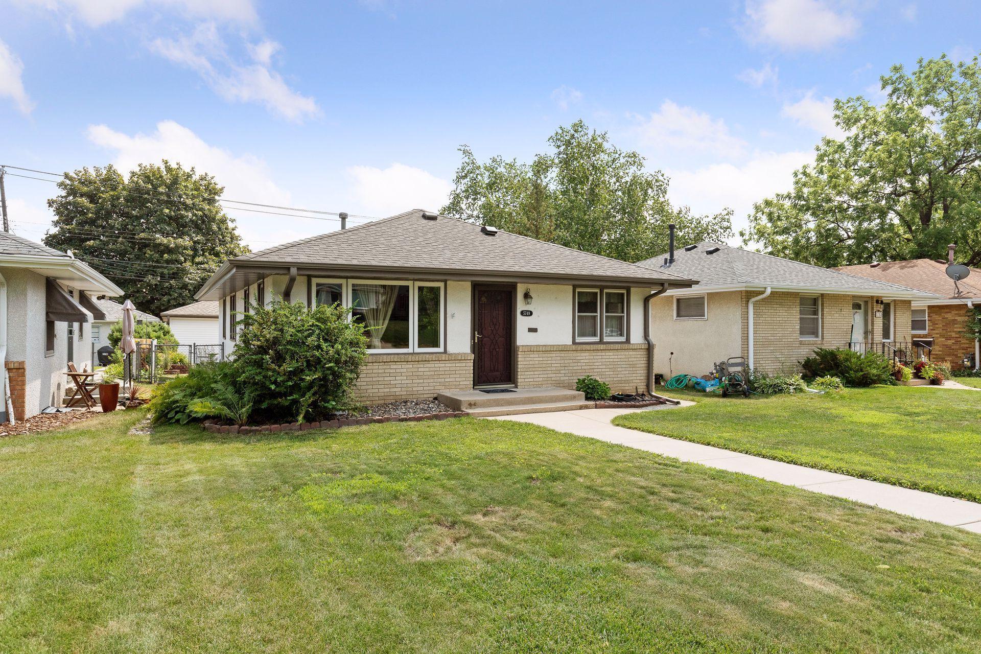 5749 Knox Avenue Property Photo