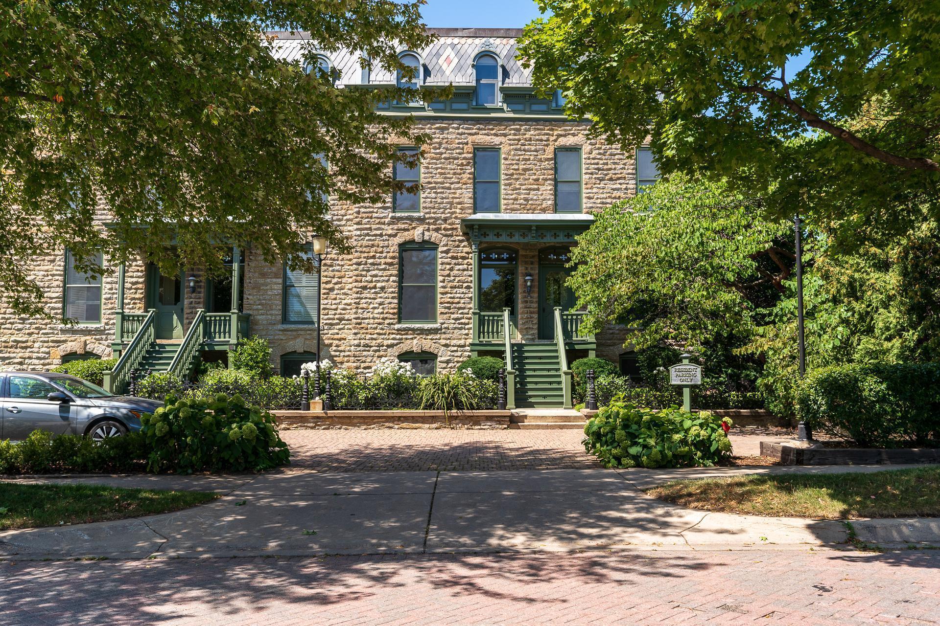 14 Grove Street Property Photo