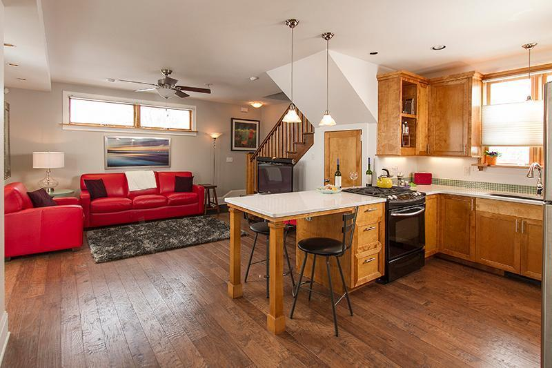 3341 1/2 Nicollet Avenue Property Photo