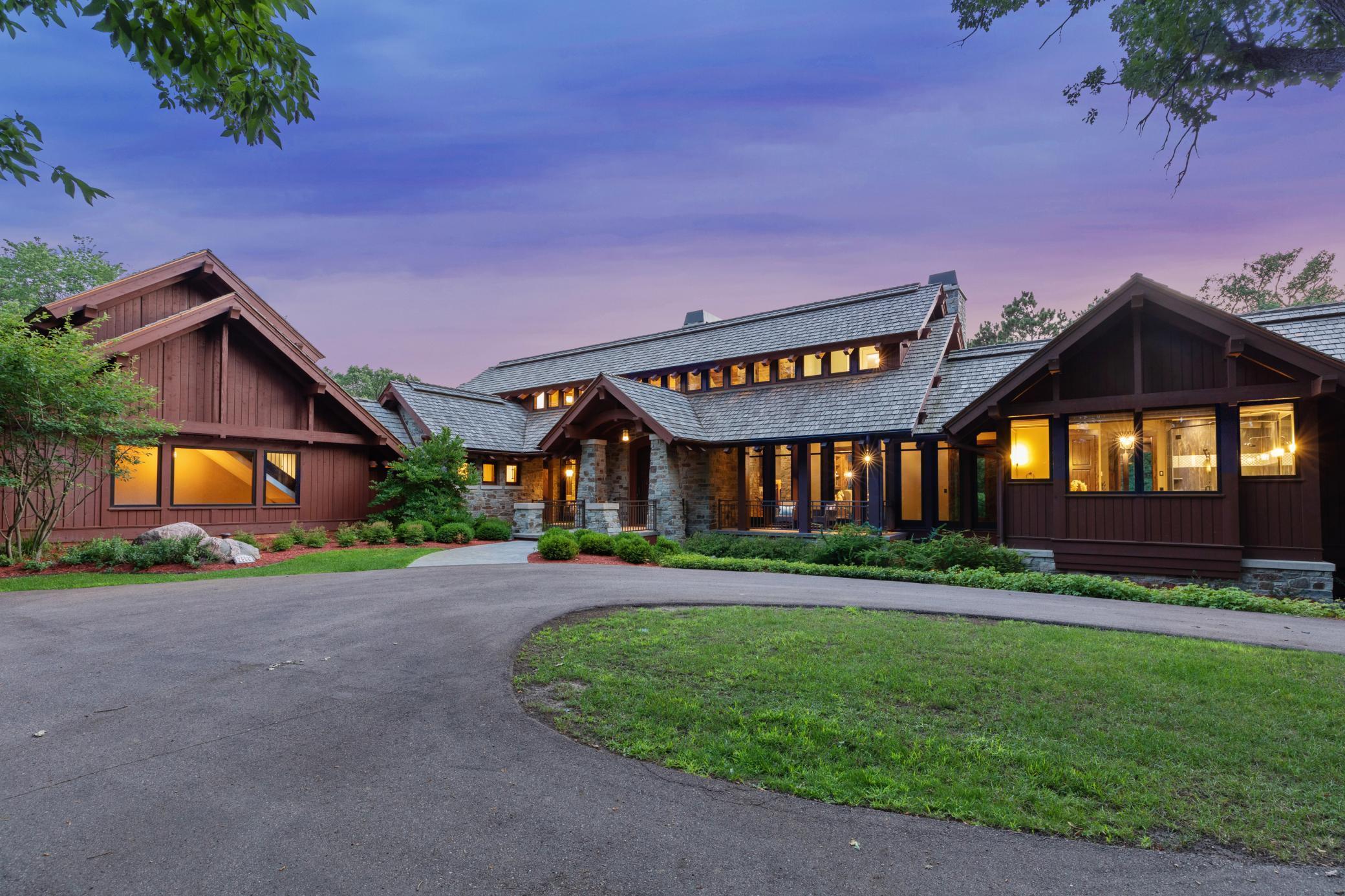 2566 Delaware Avenue Property Photo 7