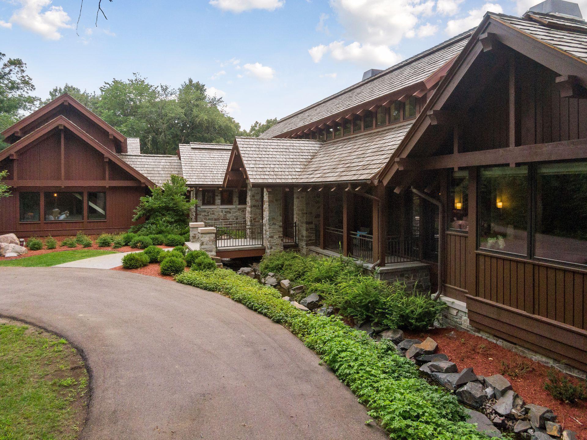 2566 Delaware Avenue Property Photo 20