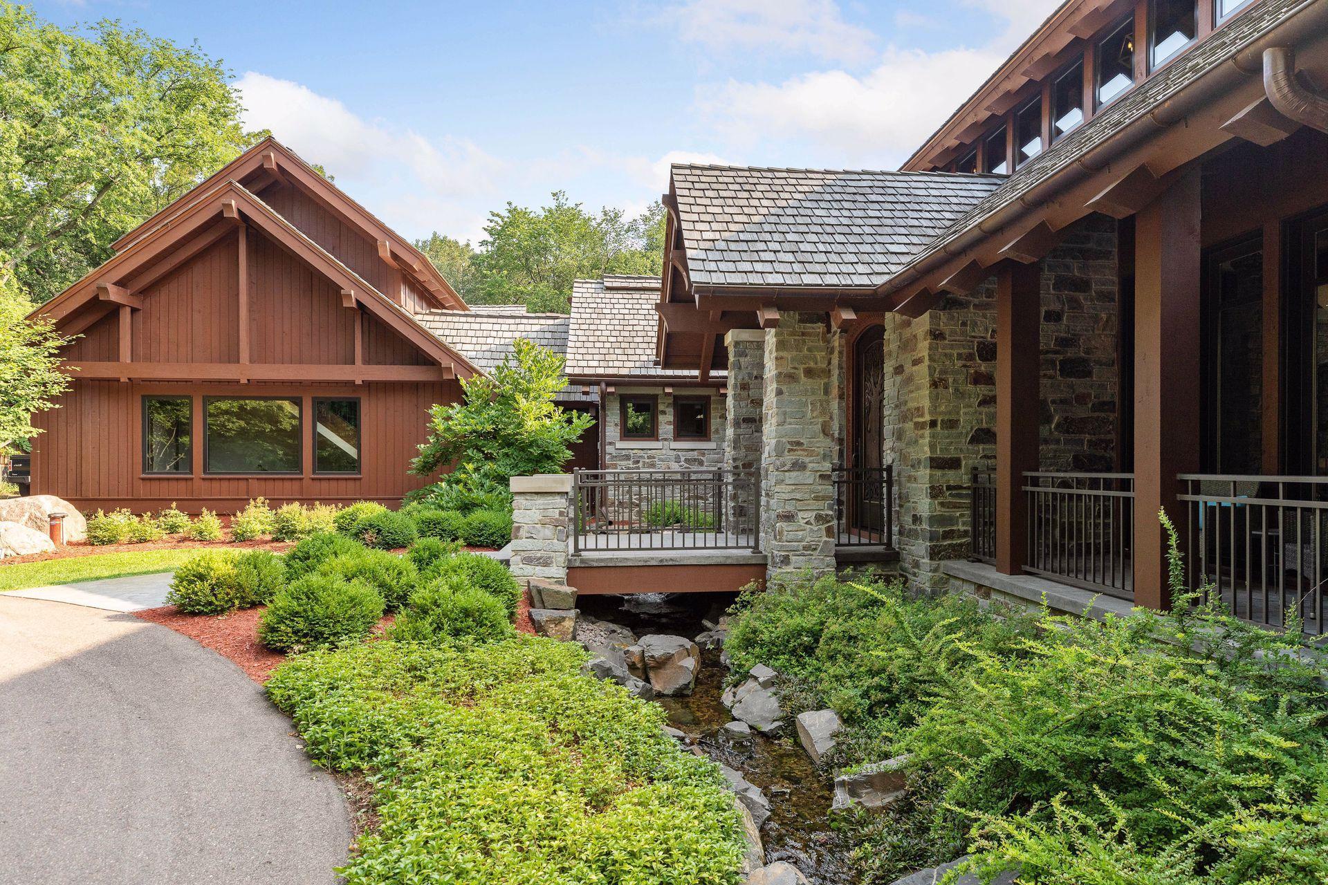 2566 Delaware Avenue Property Photo 29