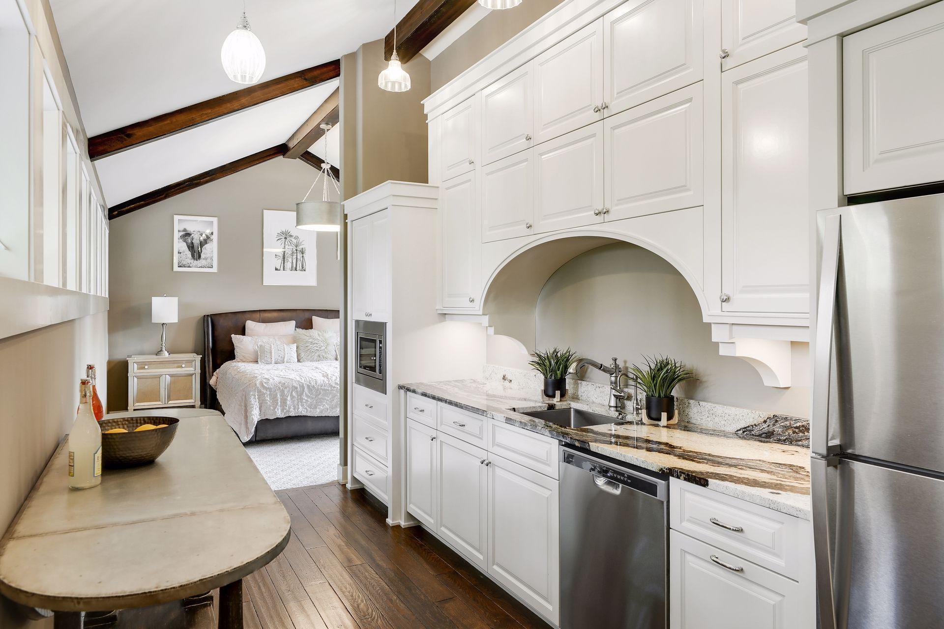 2566 Delaware Avenue Property Photo 95