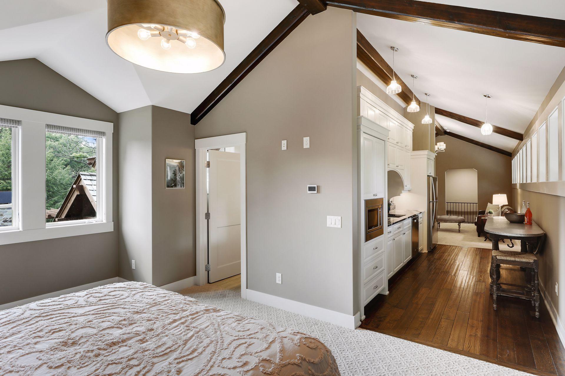 2566 Delaware Avenue Property Photo 97