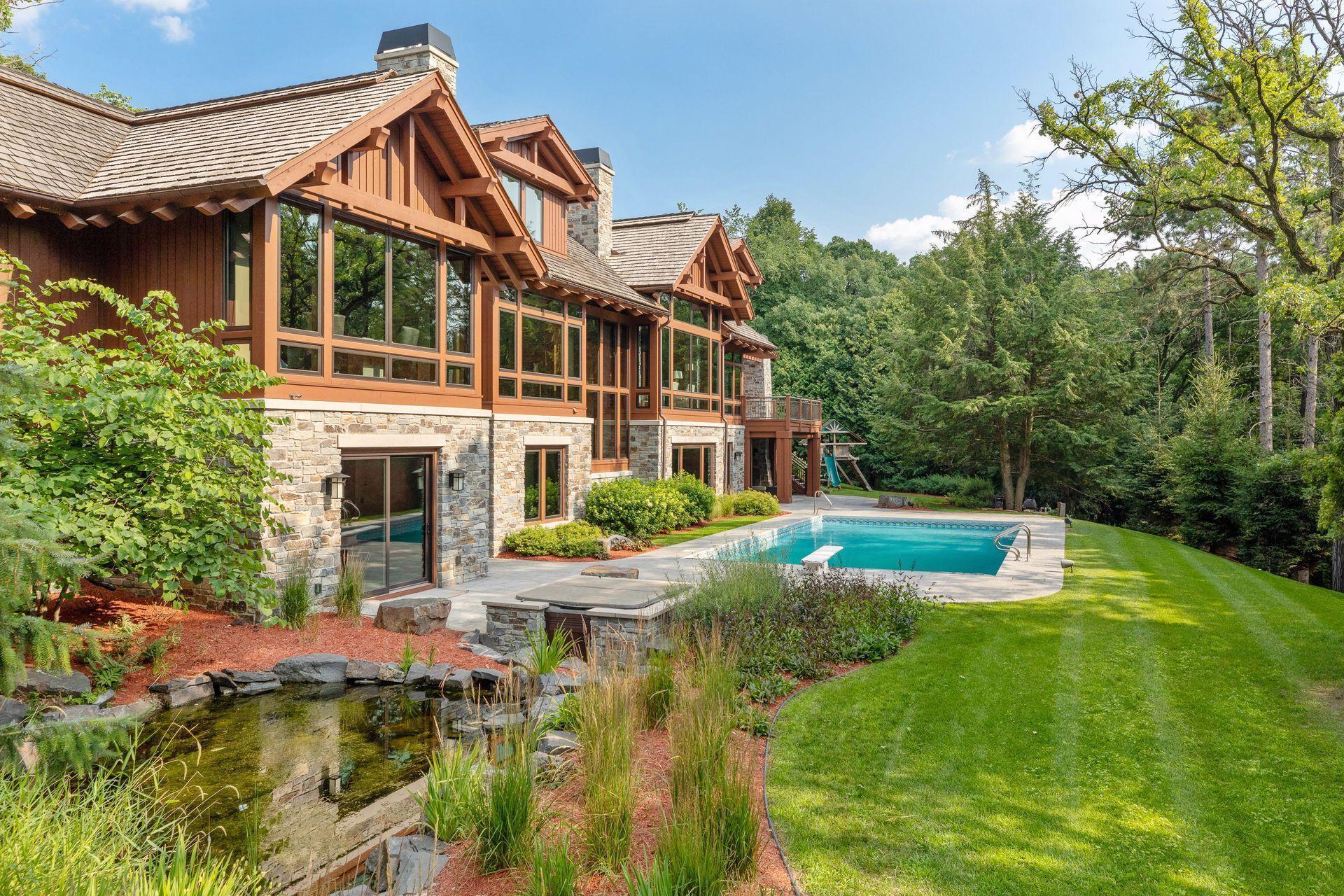 2566 Delaware Avenue Property Photo 100