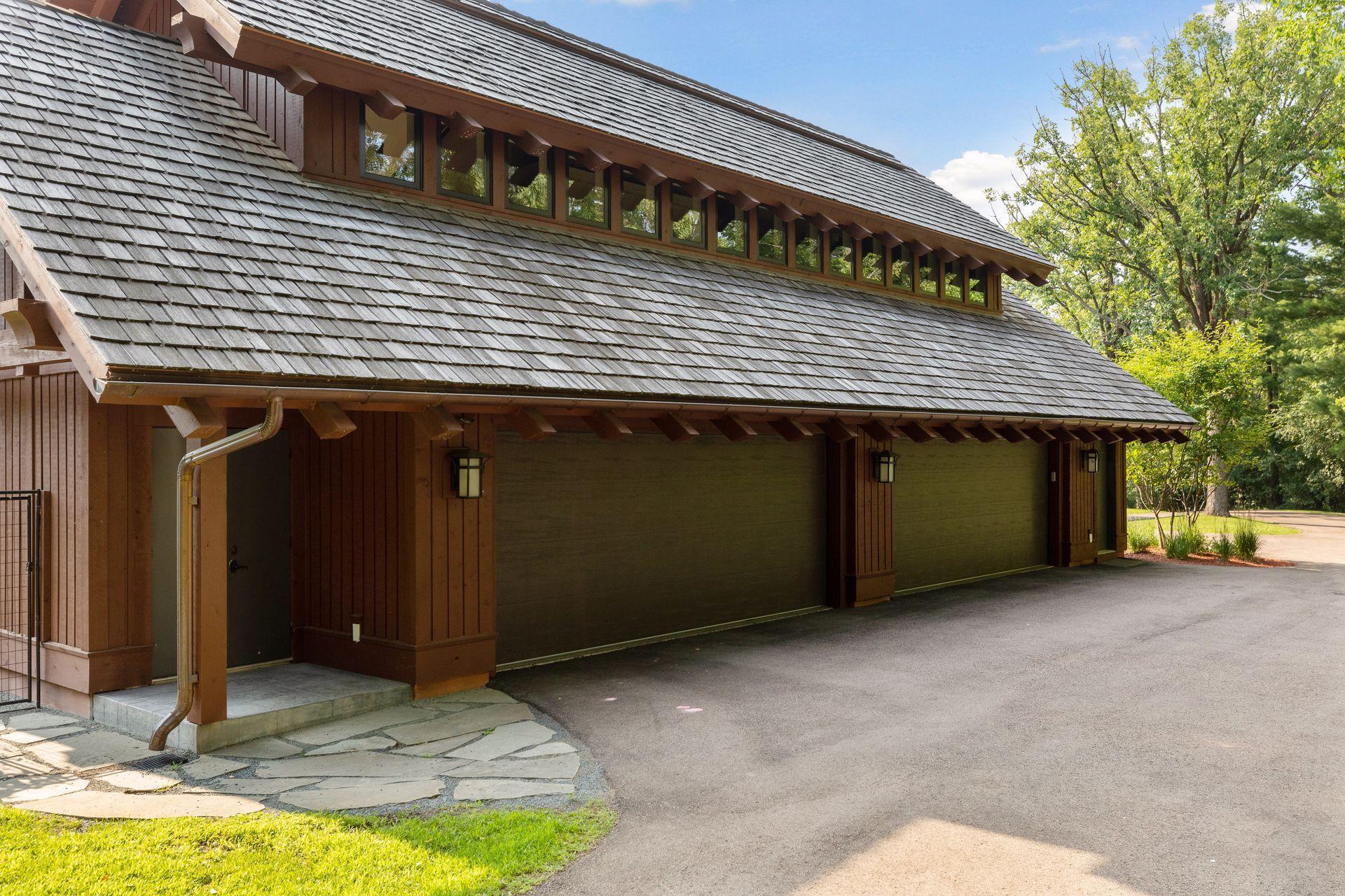 2566 Delaware Avenue Property Photo 105