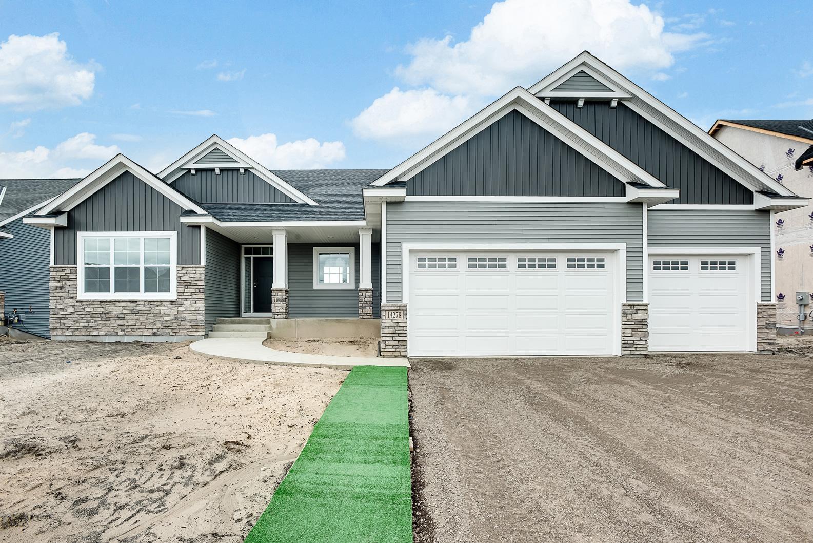 138 144th Lane Property Photo