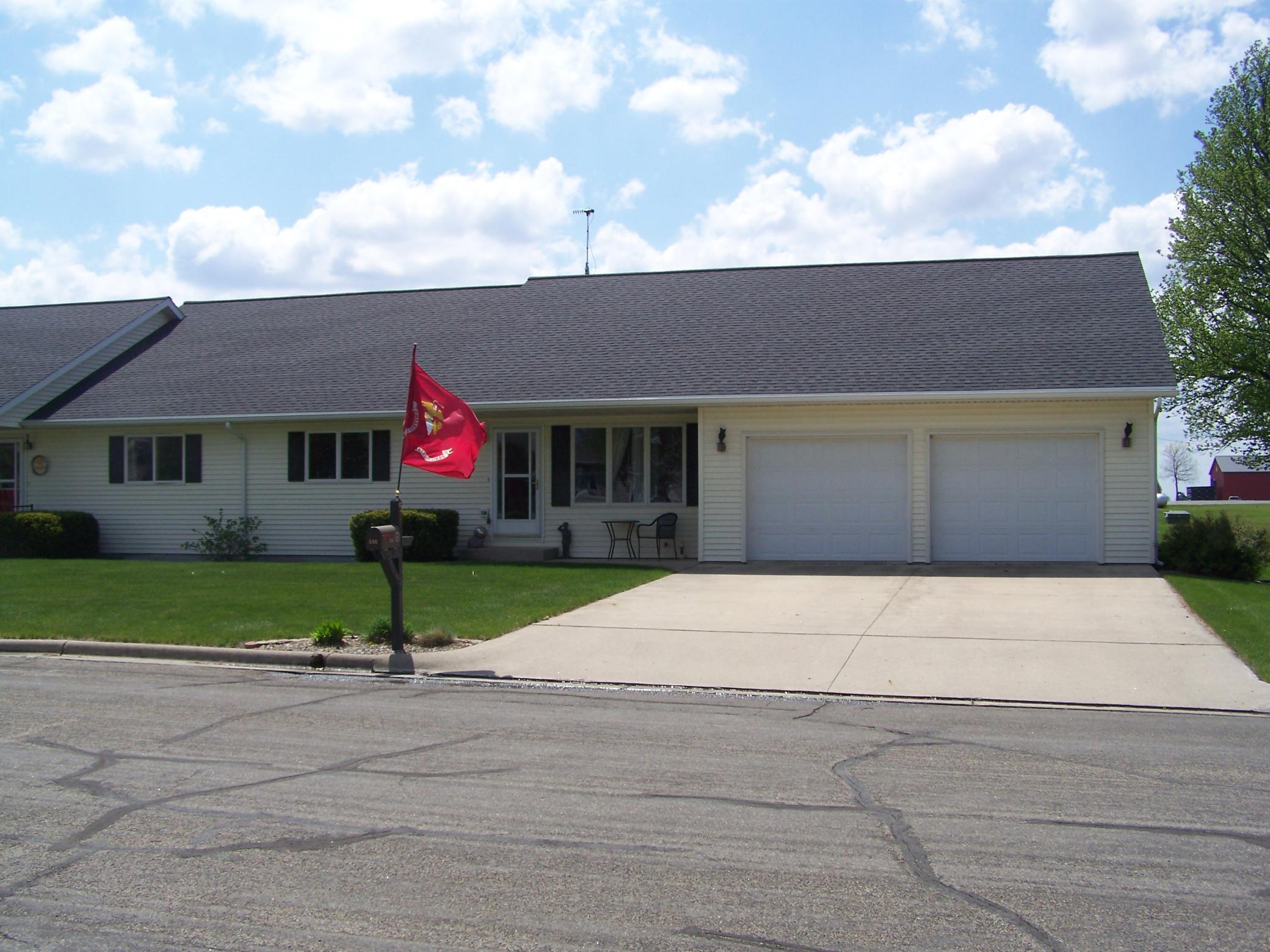 596 Hope Street Property Photo