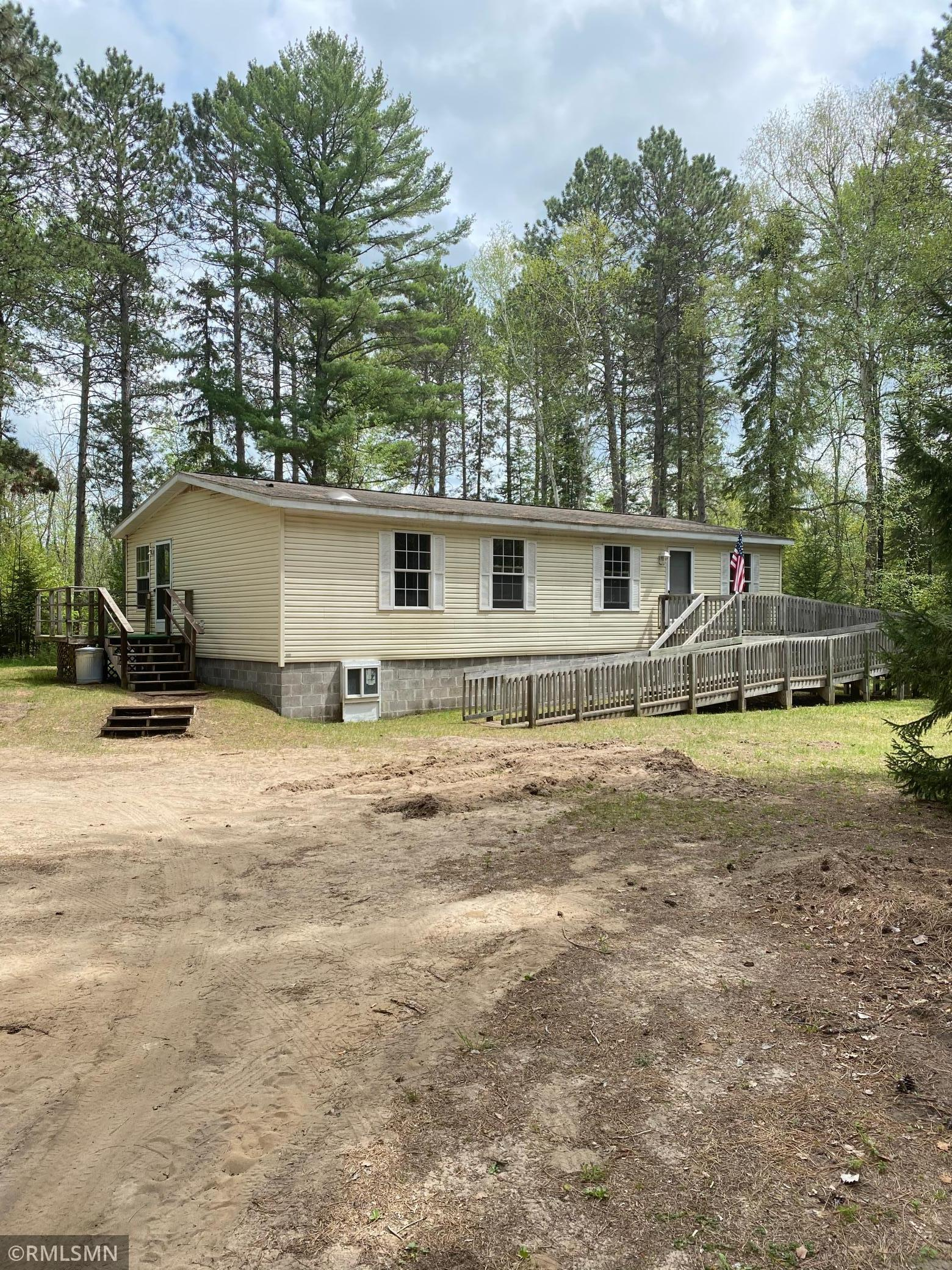 S 36848 Pinewood Drive Property Photo