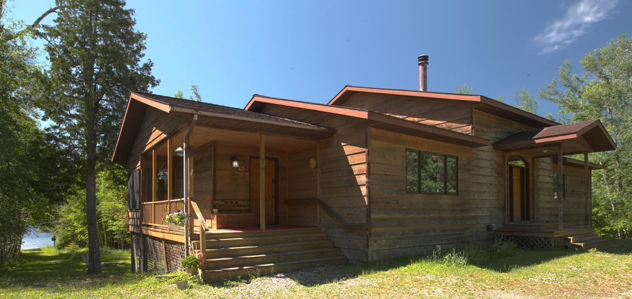 642 Riverview Road Property Photo