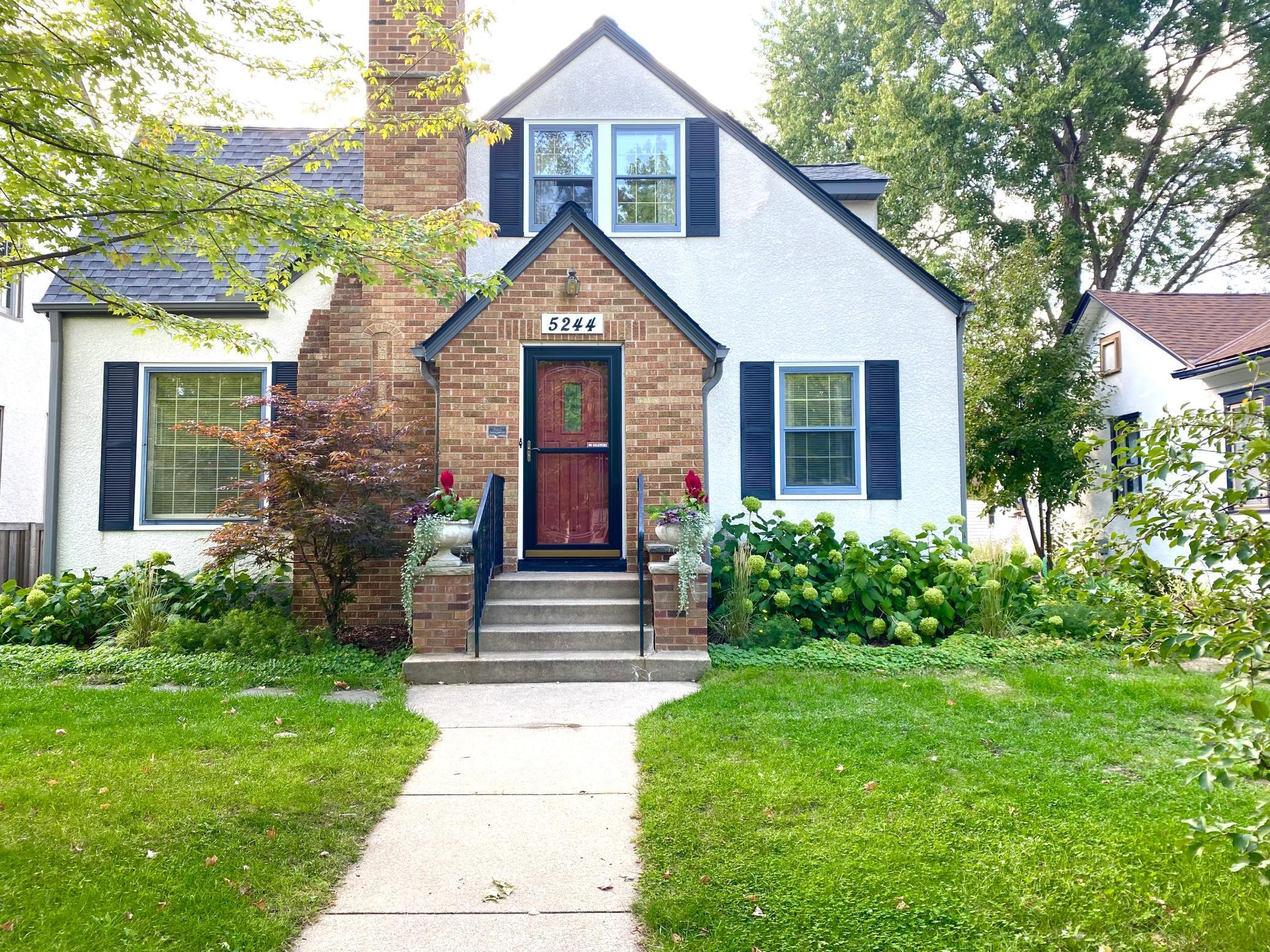 5244 Humboldt Avenue Property Photo