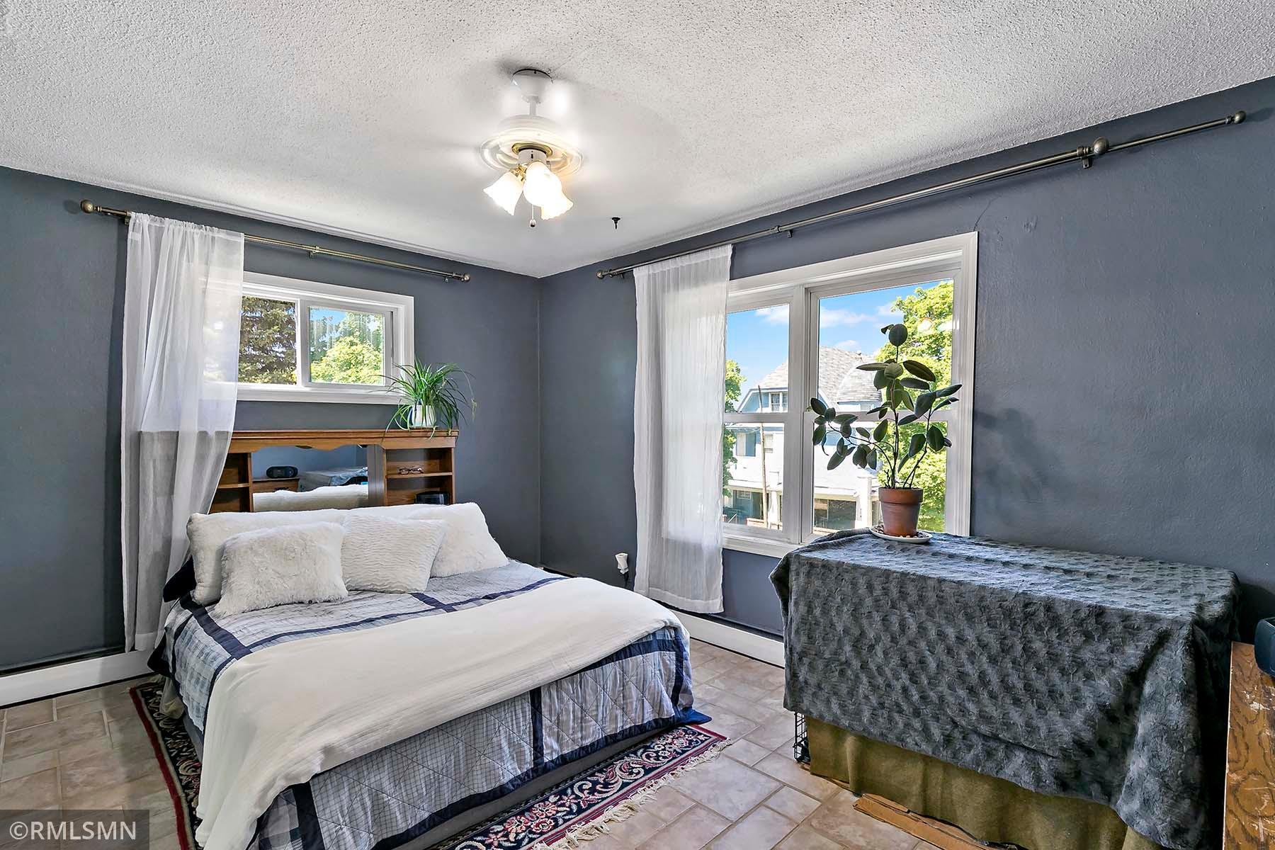 415 Ridgewood Avenue Property Photo