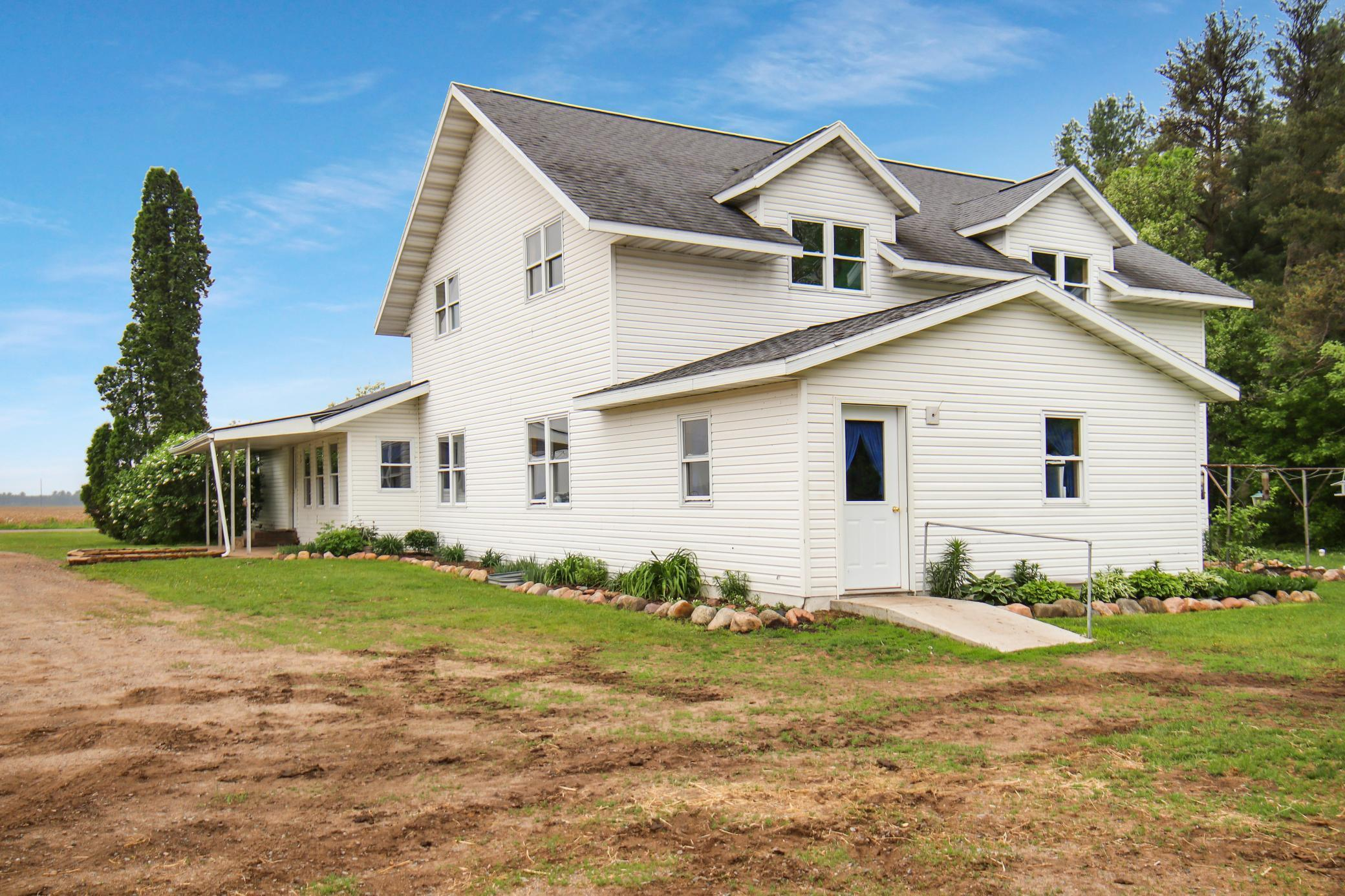 591 29 3/4 Street Property Photo