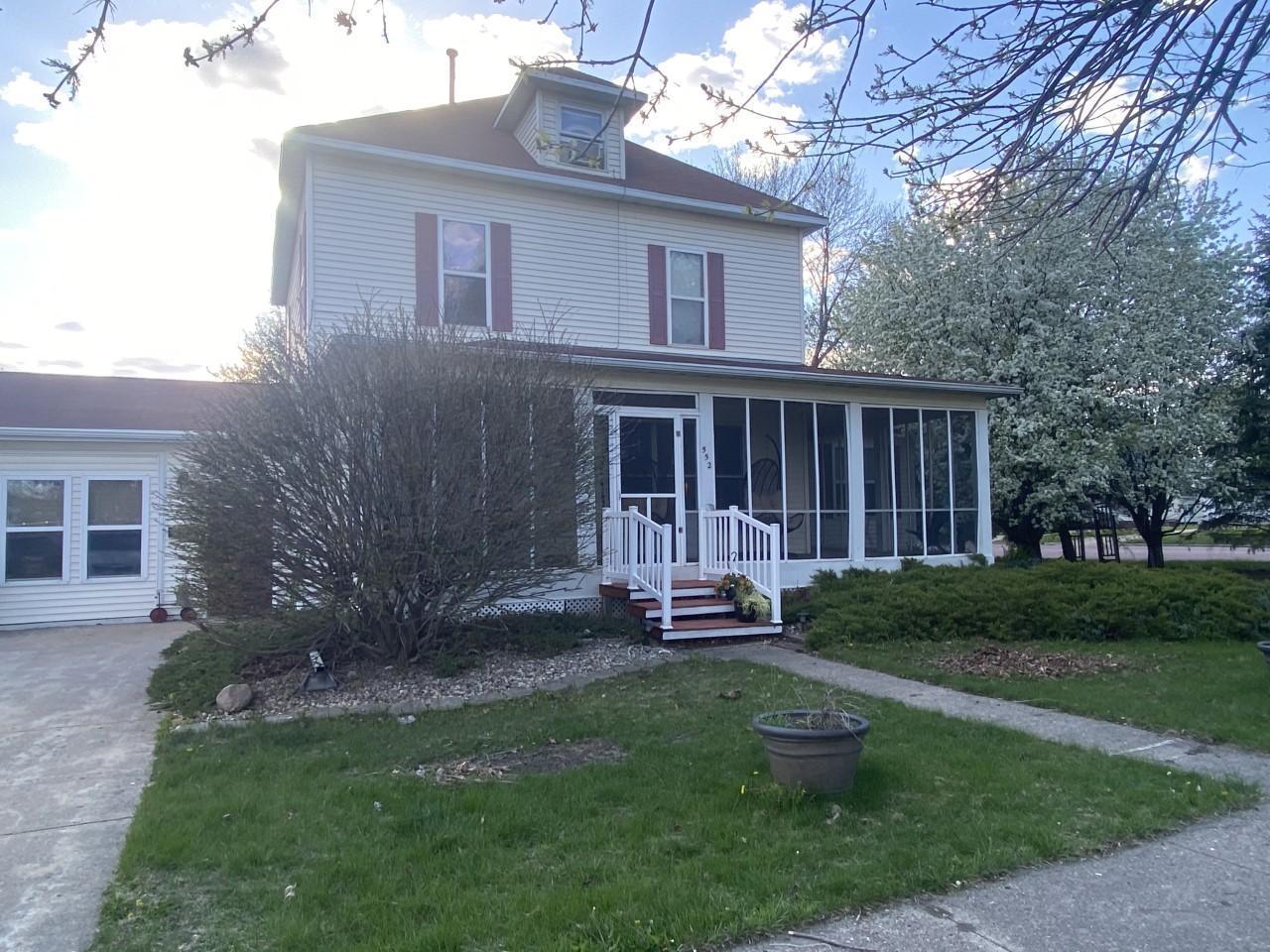 552 Columbus Avenue Property Photo