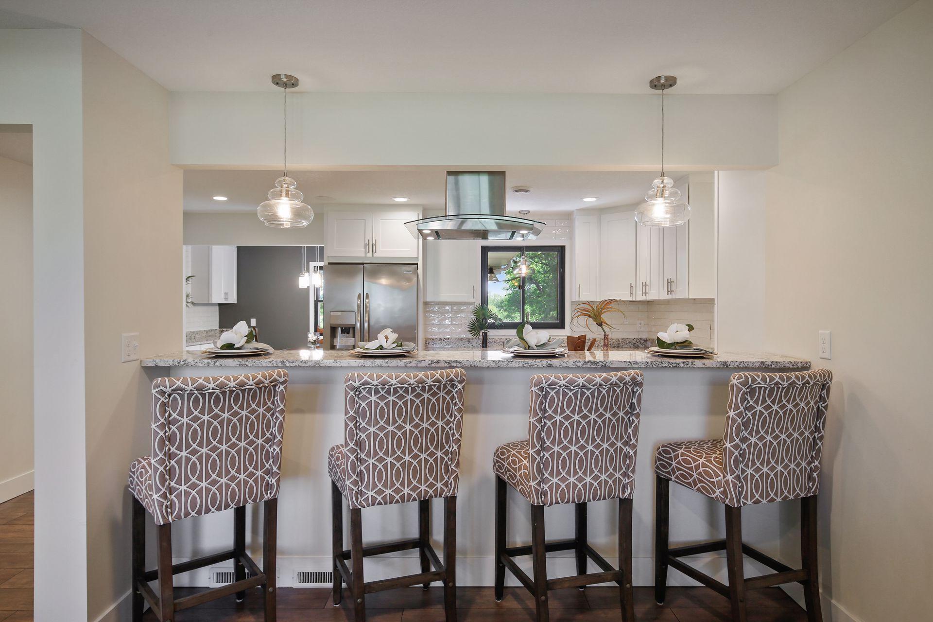 Aud Sub 081 Real Estate Listings Main Image