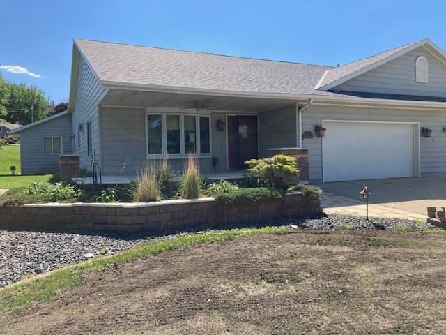 620 Des Moines Drive Property Photo