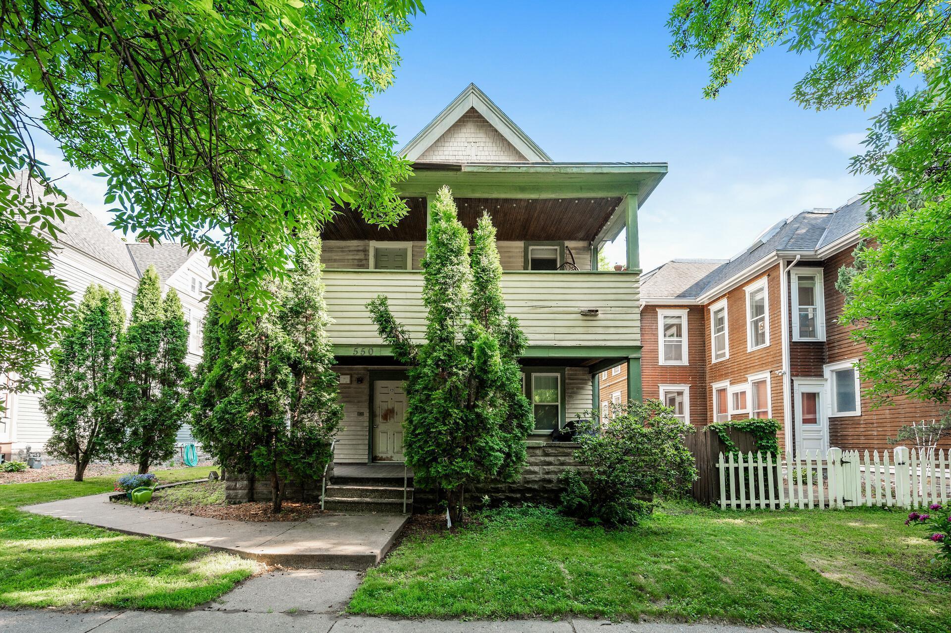550 Ashland Avenue Property Photo