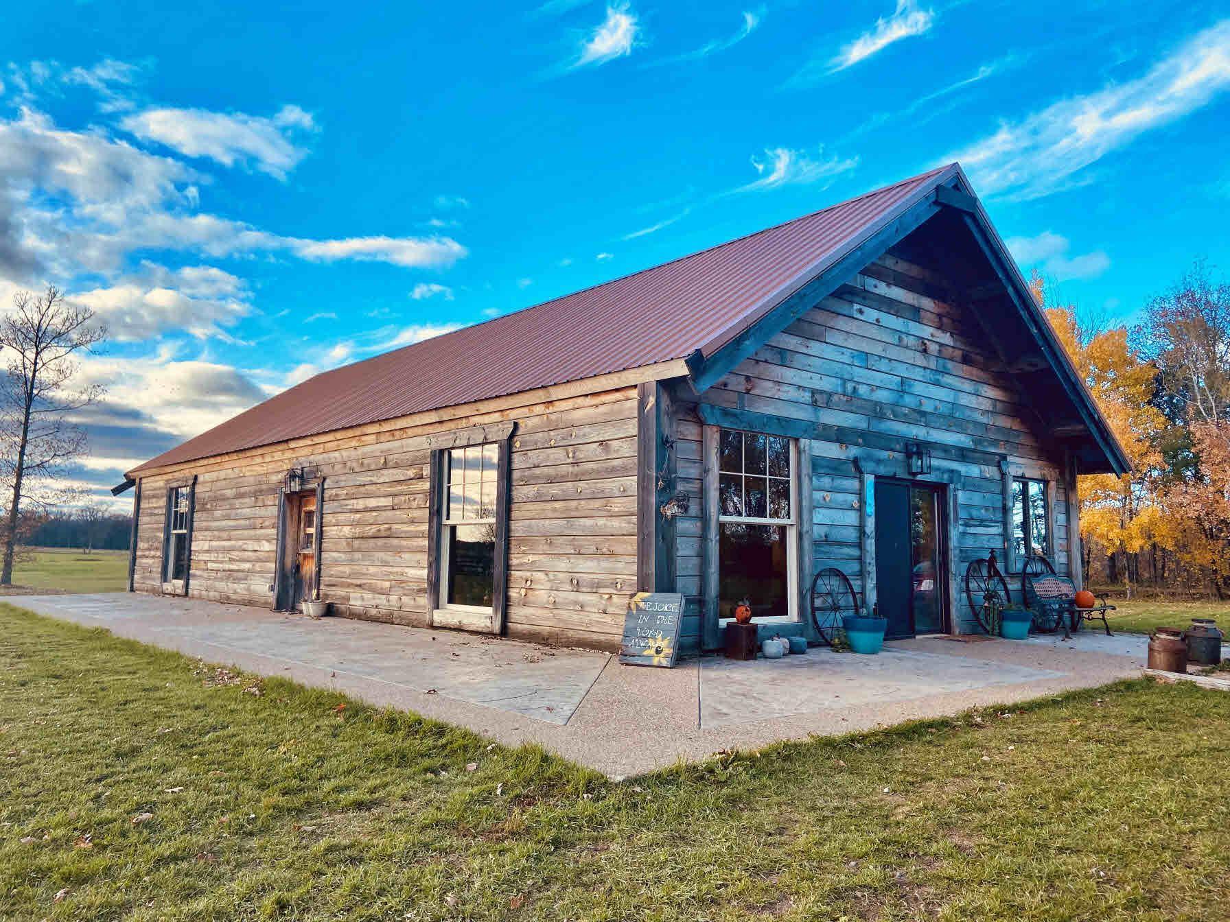 51449 County Highway 75 Property Photo 1