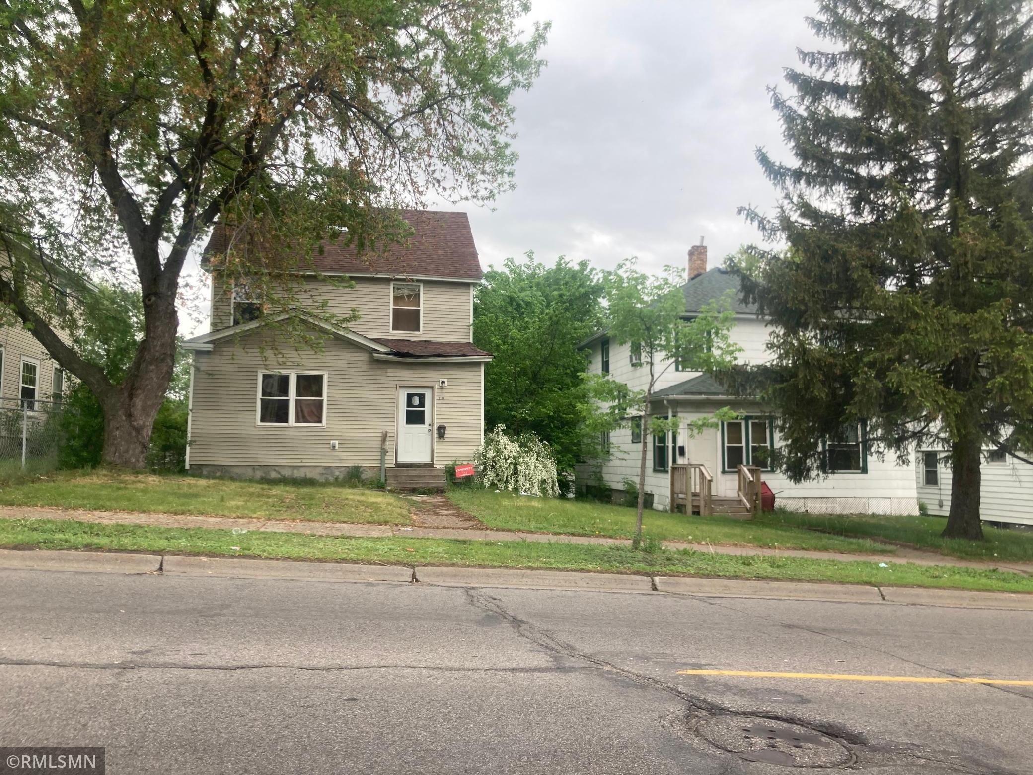 2110 Lyndale Avenue Property Photo