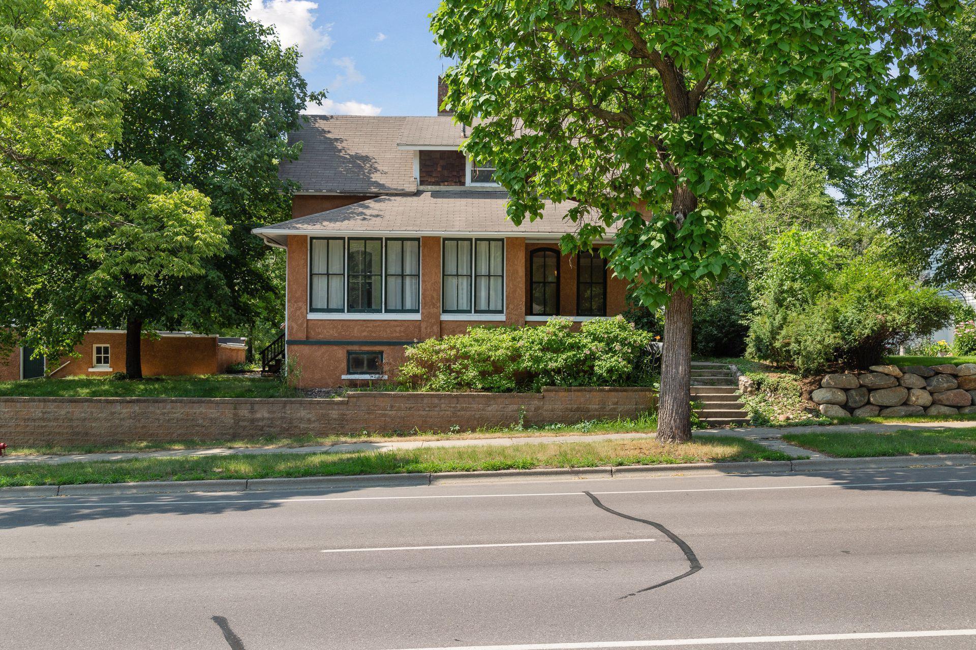 1026 Center Street Property Photo