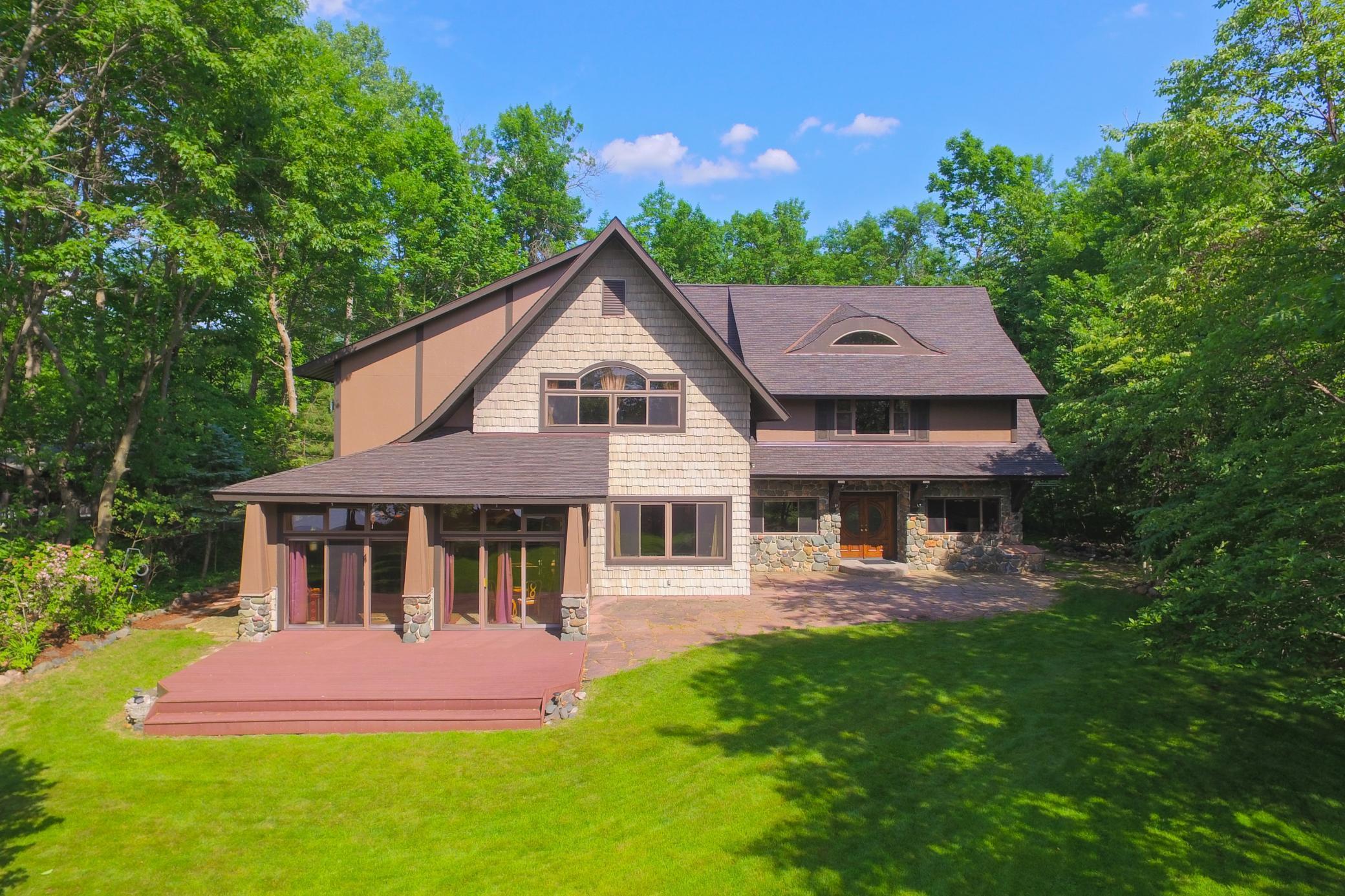 2273 Woodland Shores Property Photo