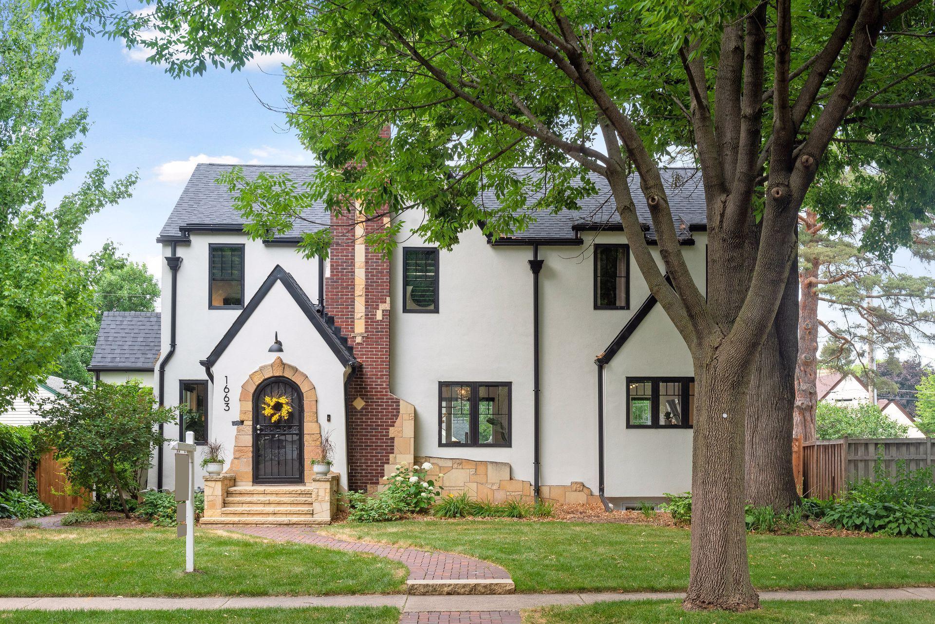 1663 Eleanor Avenue Property Photo 1