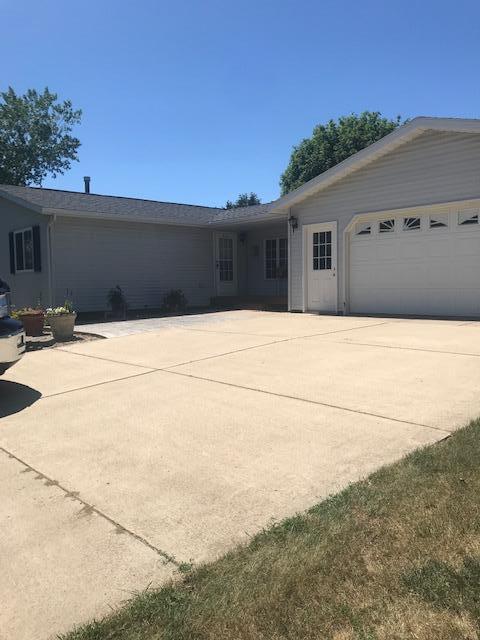 83 Lakeview Drive Property Photo