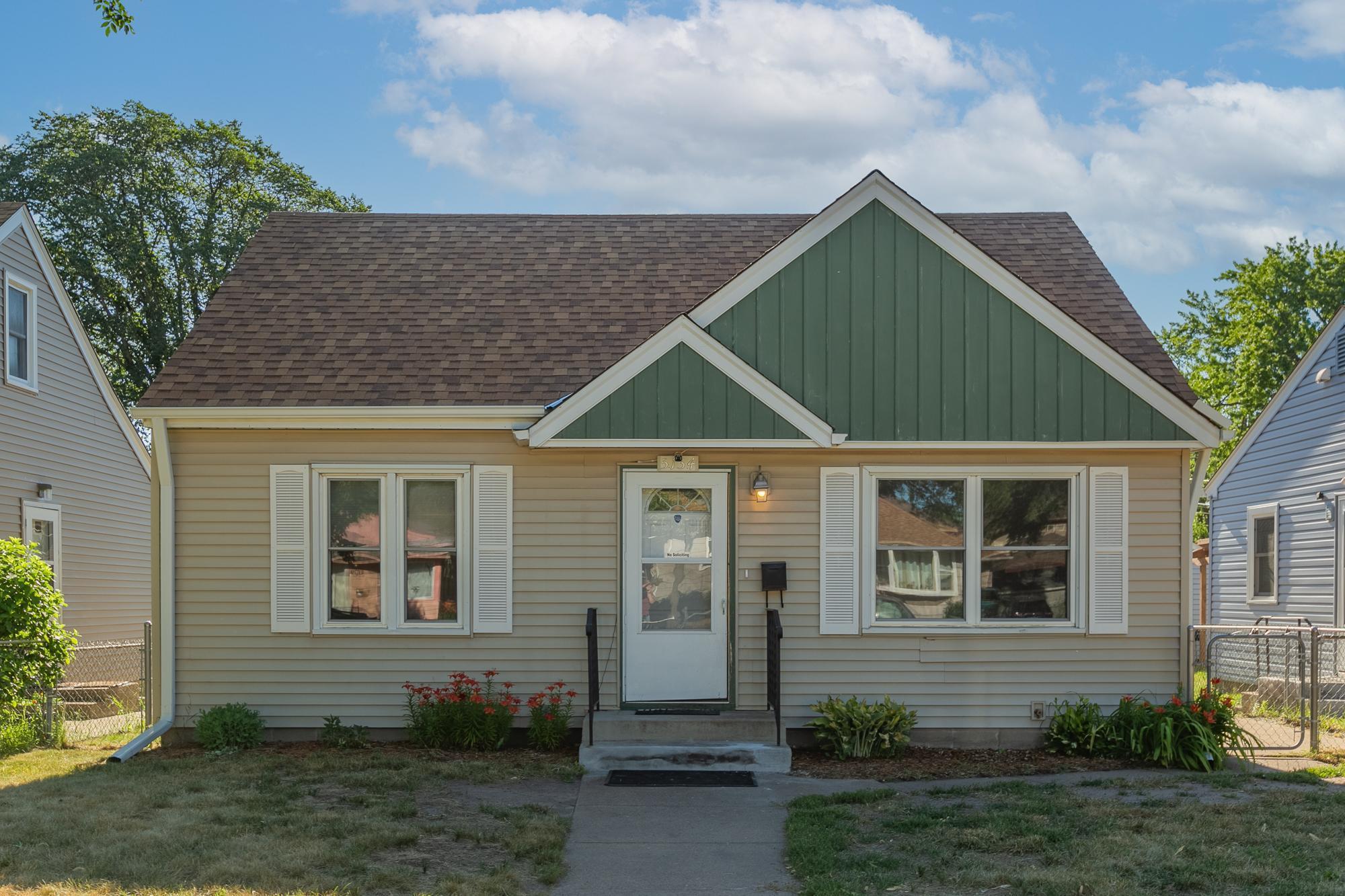 5134 Girard Avenue Property Photo