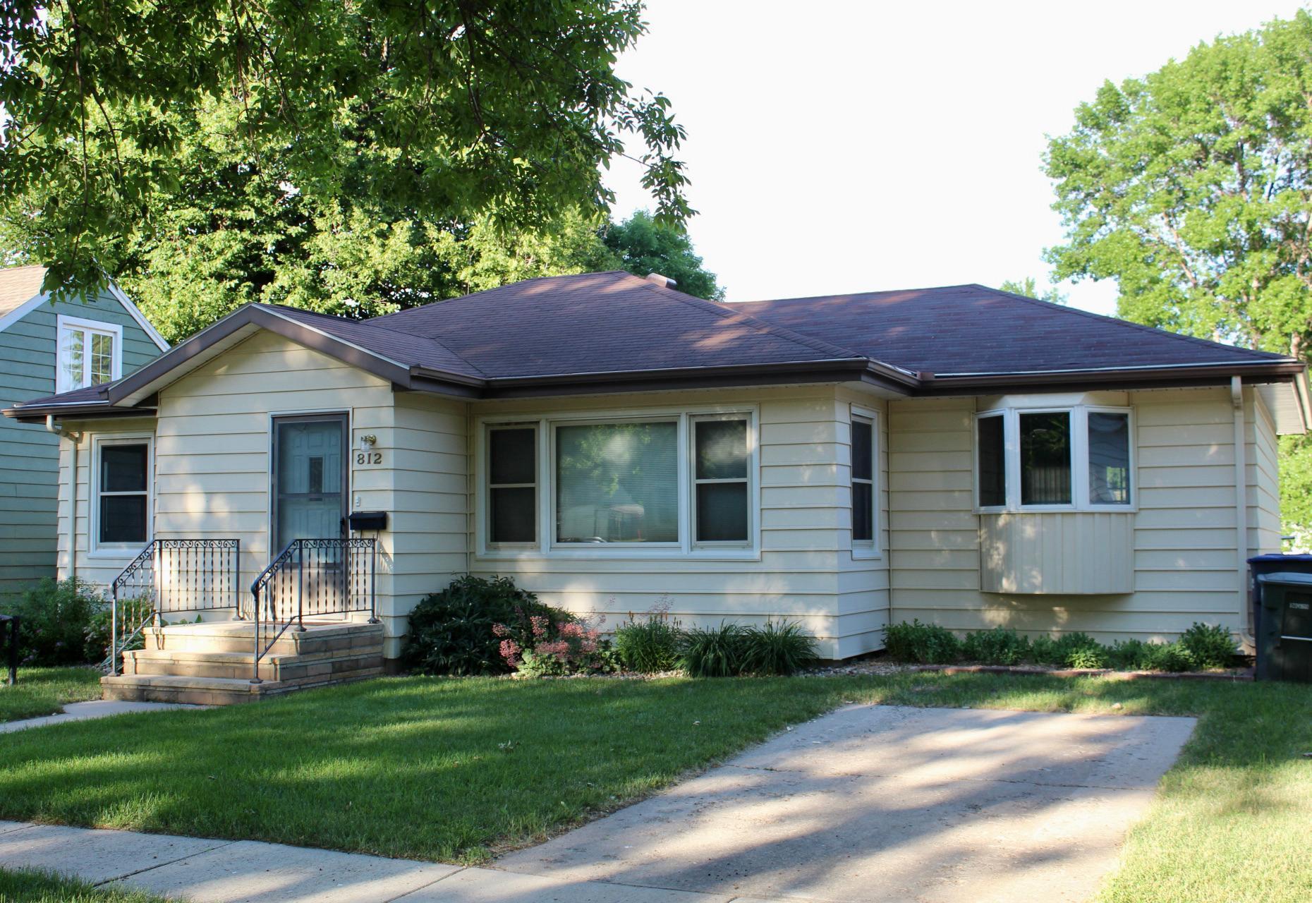 812 N Spring Street Property Photo
