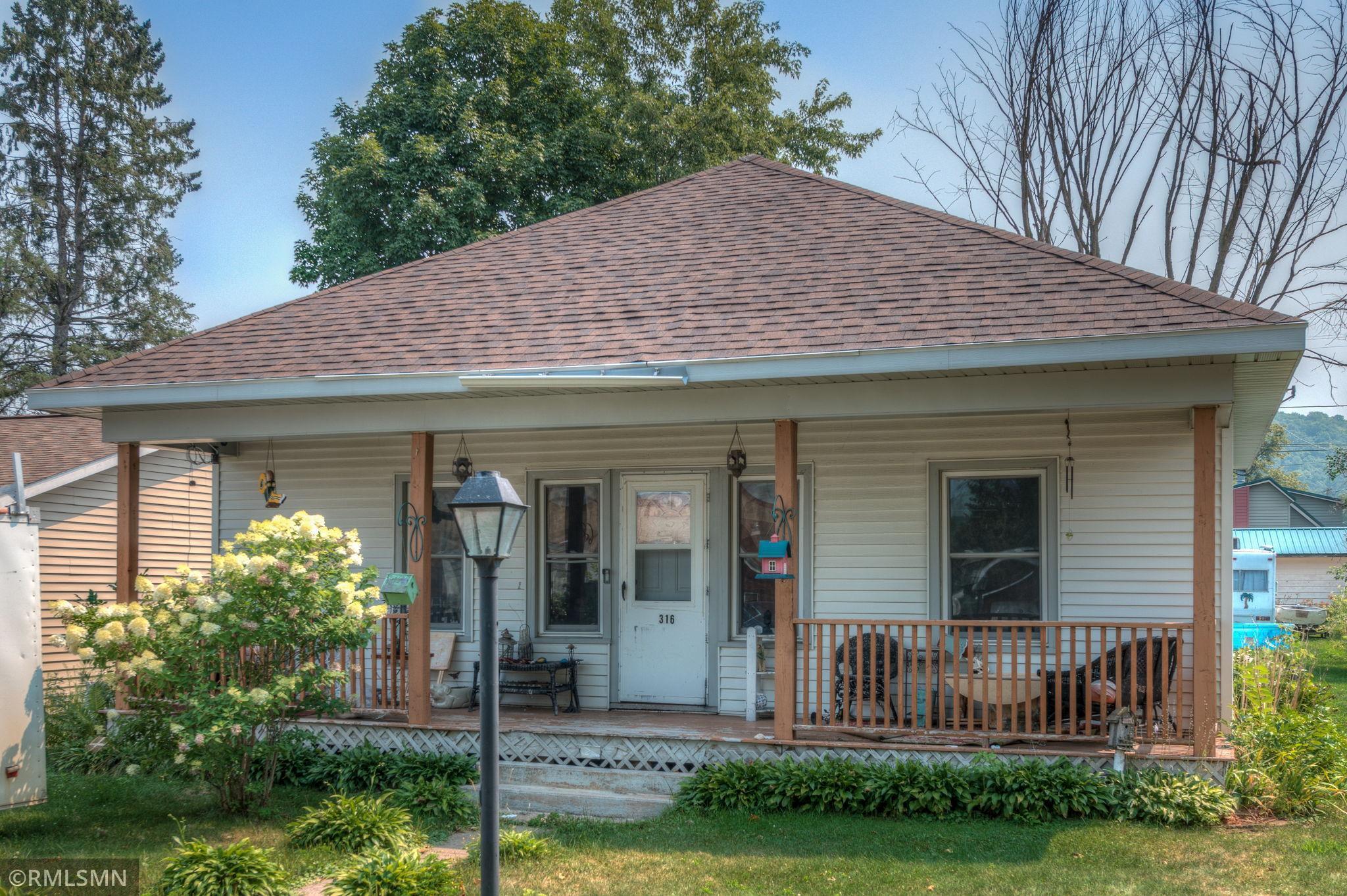 316 S Scott Street Property Photo
