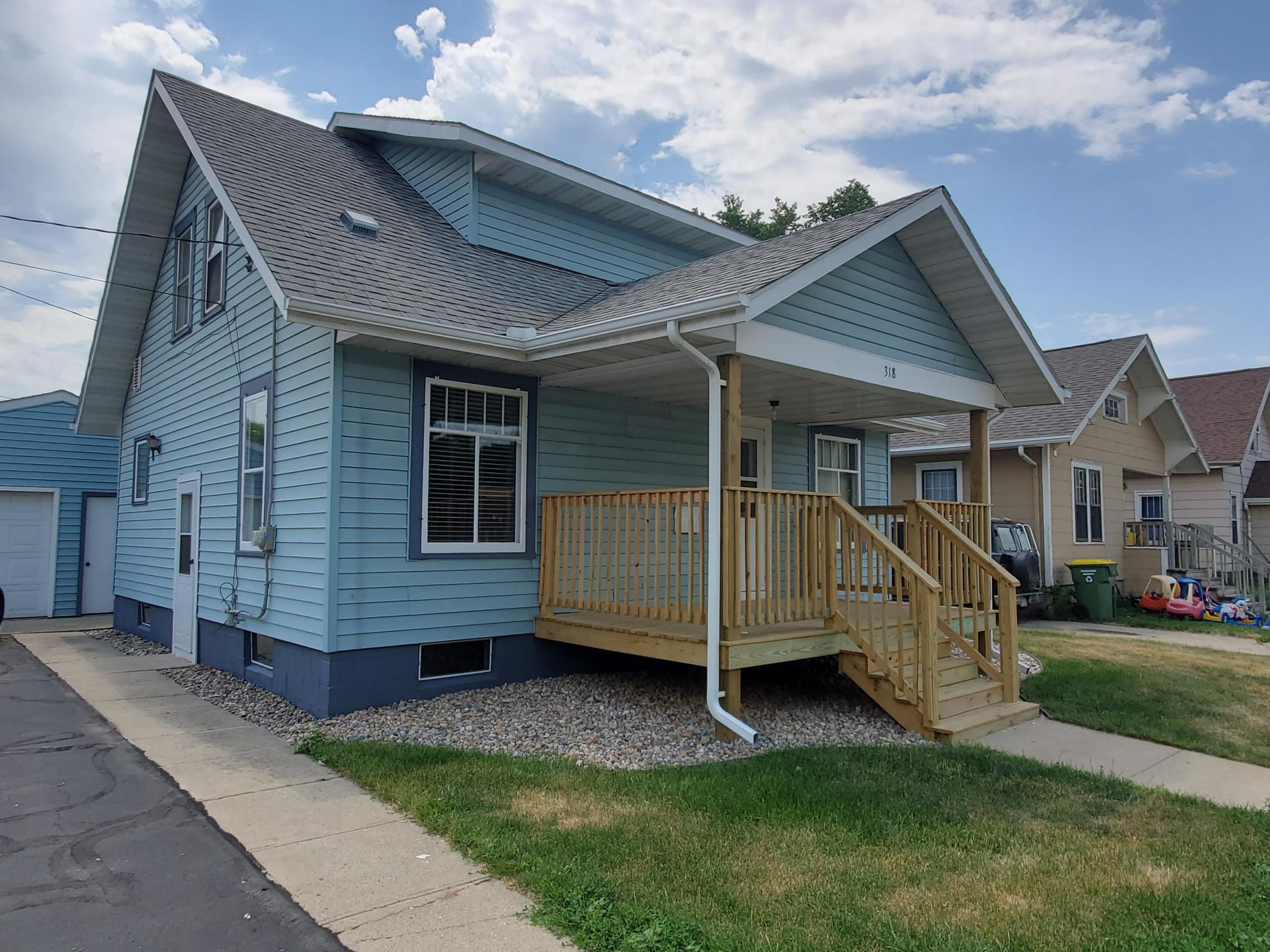 318 5th Street Property Photo