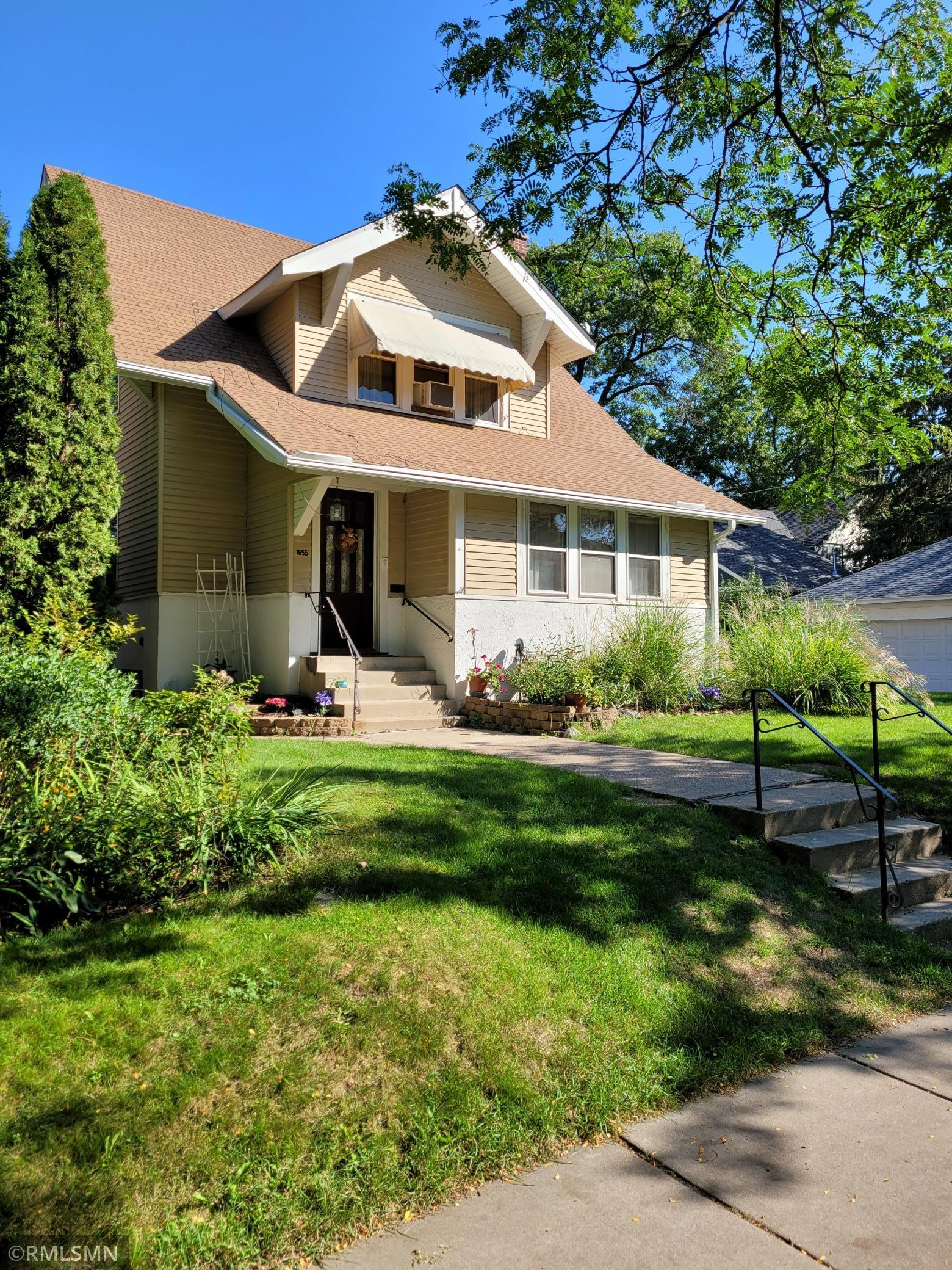 1655 Stanford Avenue Property Photo