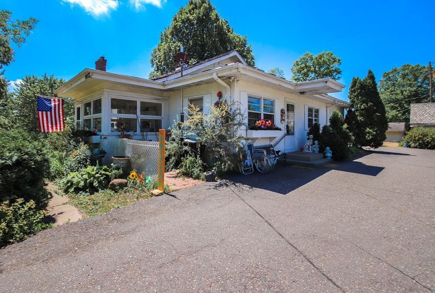11420 Round Lake Boulevard Property Photo