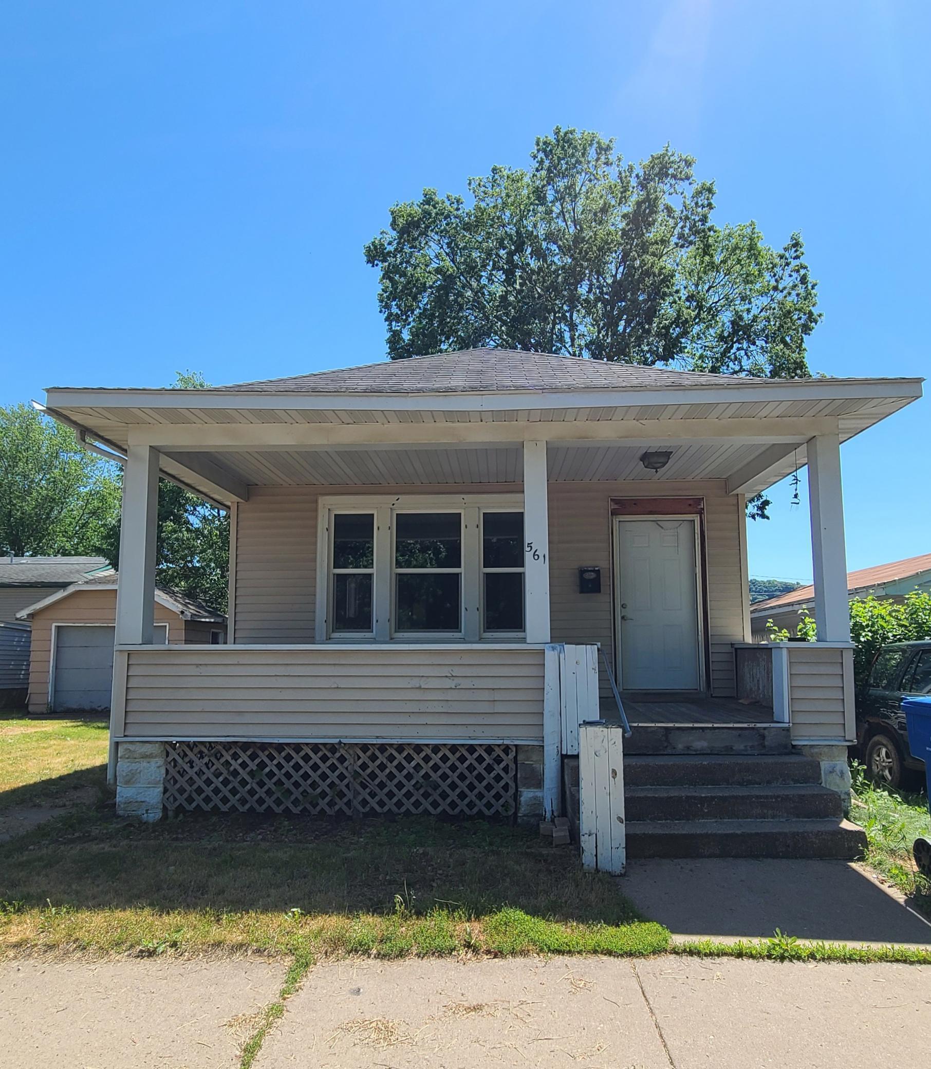 561 W Sanborn Street Property Photo 1