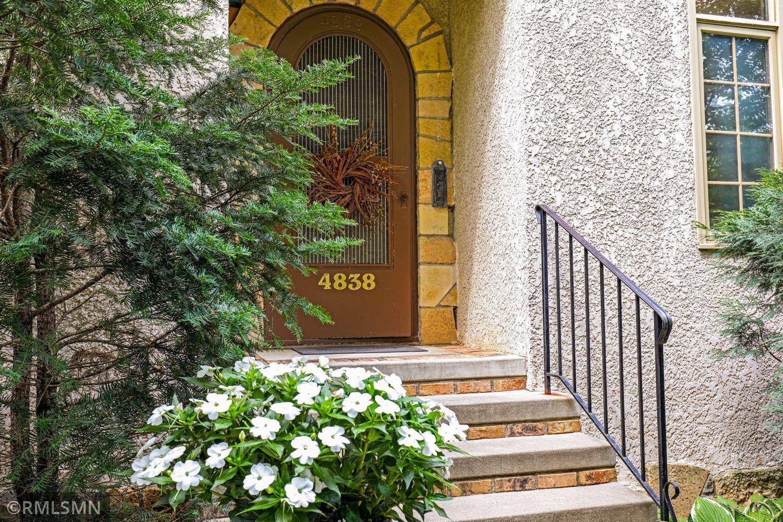 4838 Grand Avenue Property Photo