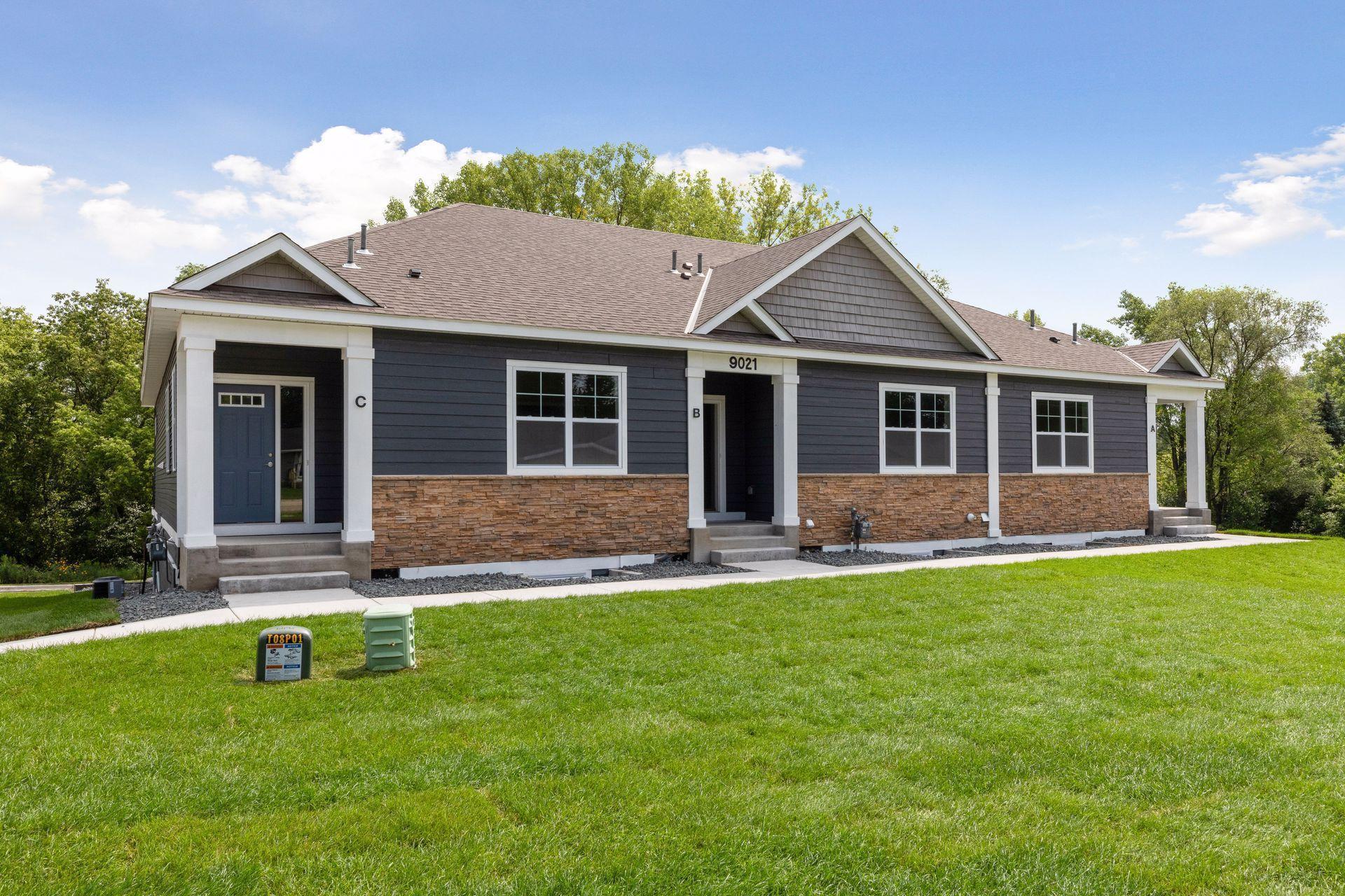 Aspen Village Twnhms 2nd Real Estate Listings Main Image
