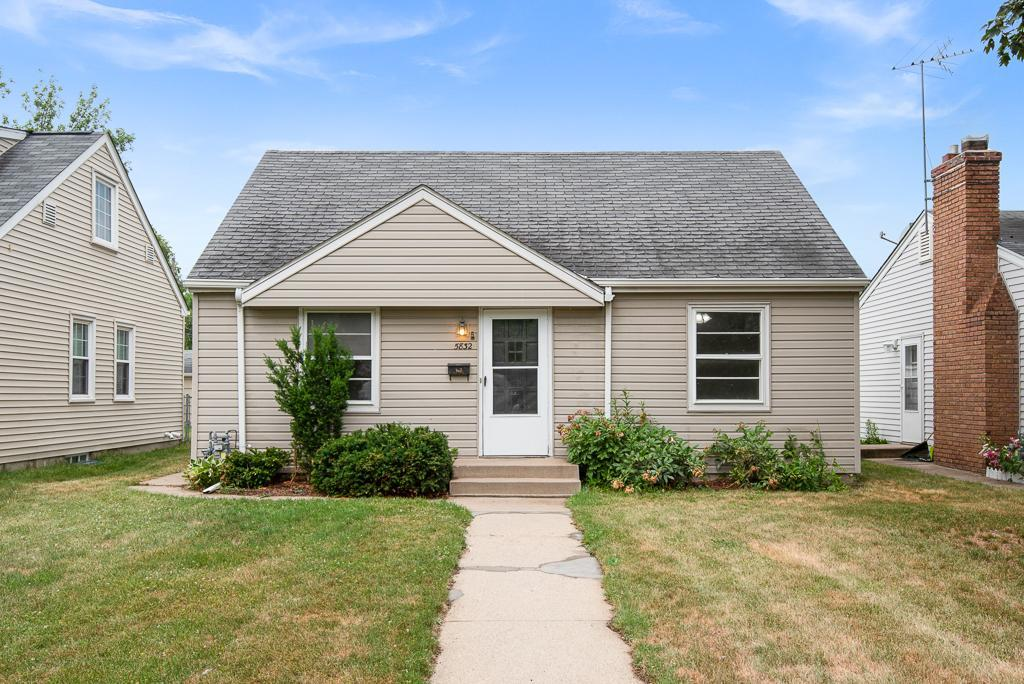 5832 Russell Avenue Property Photo