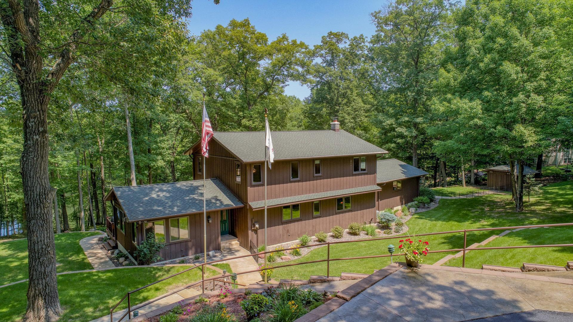 Cleveland Twp Real Estate Listings Main Image
