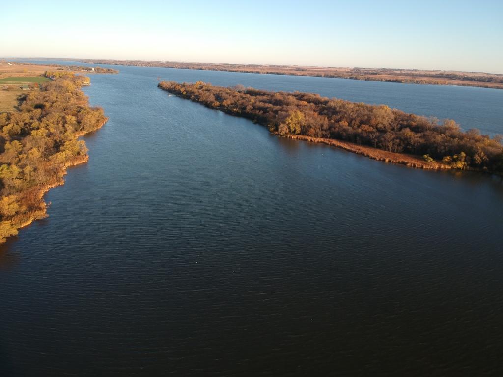 37 Lakota Island Estate Property Photo
