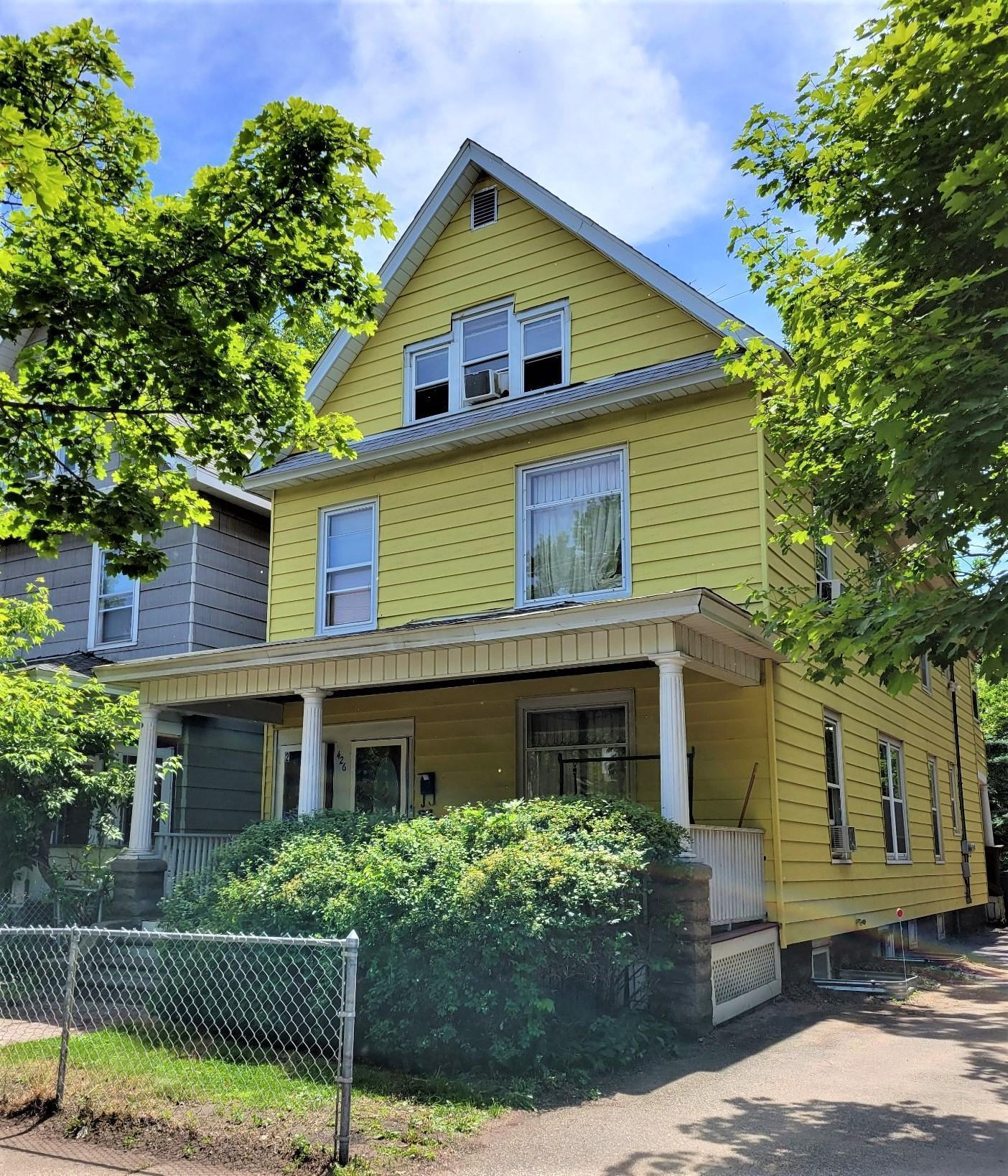 426 8th Street Property Photo